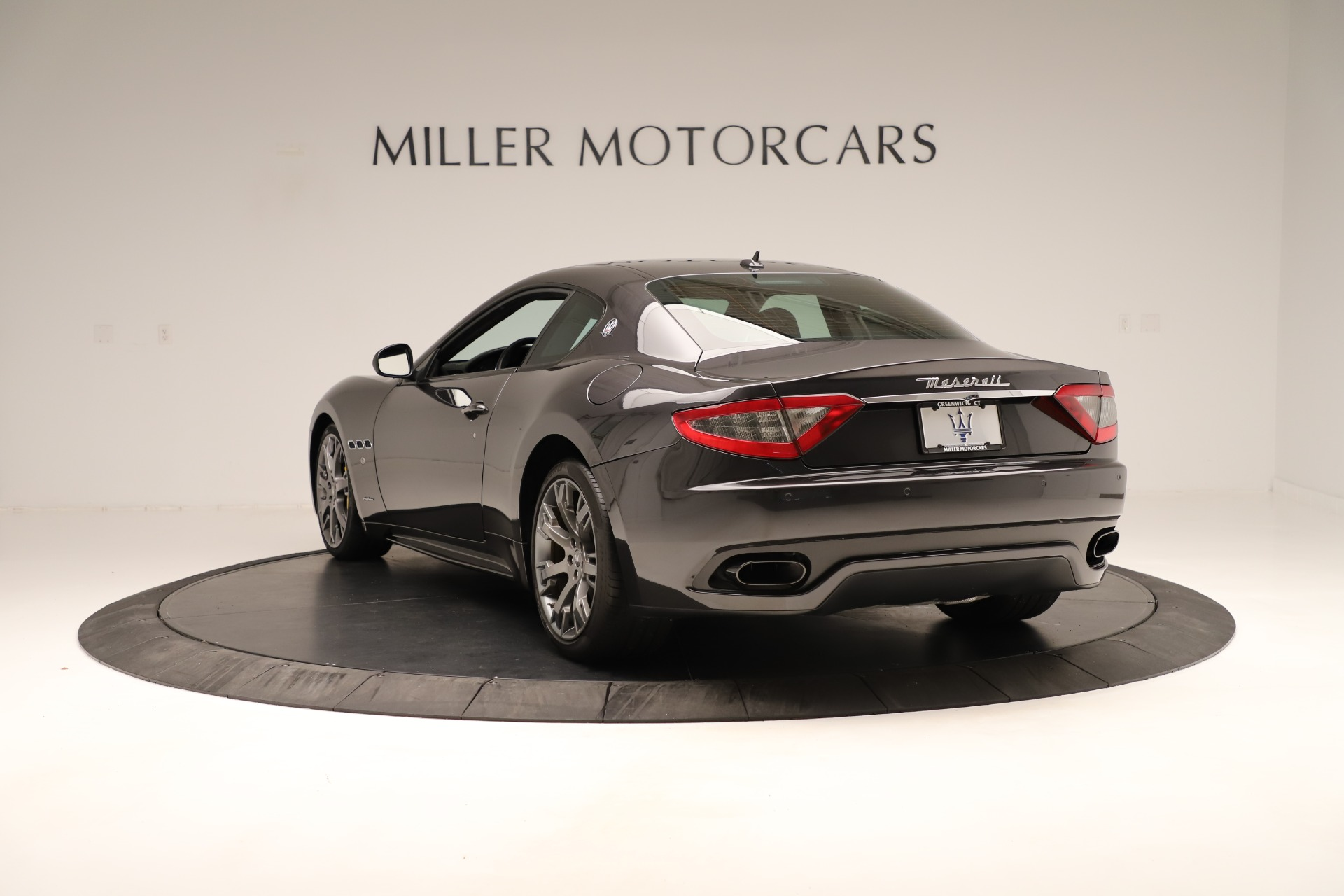Used 2013 Maserati GranTurismo Sport For Sale In Greenwich, CT. Alfa Romeo of Greenwich, 7598 3327_p5