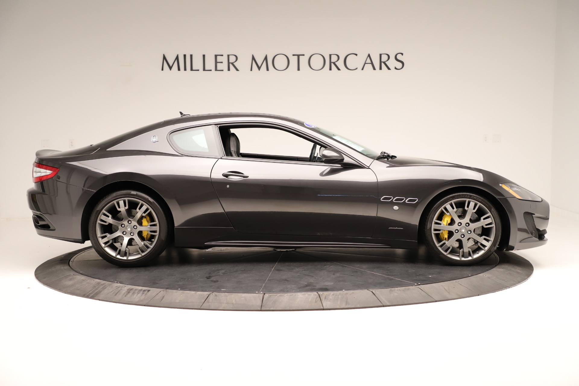 Used 2013 Maserati GranTurismo Sport For Sale In Greenwich, CT. Alfa Romeo of Greenwich, 7598 3327_p9