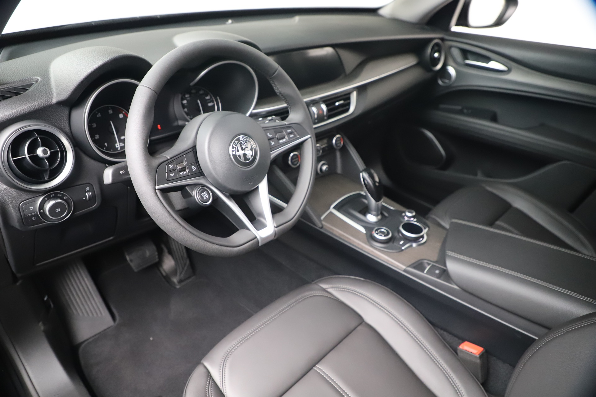 New 2019 Alfa Romeo Stelvio Ti Q4 For Sale In Greenwich, CT. Alfa Romeo of Greenwich, LW352 3330_p13