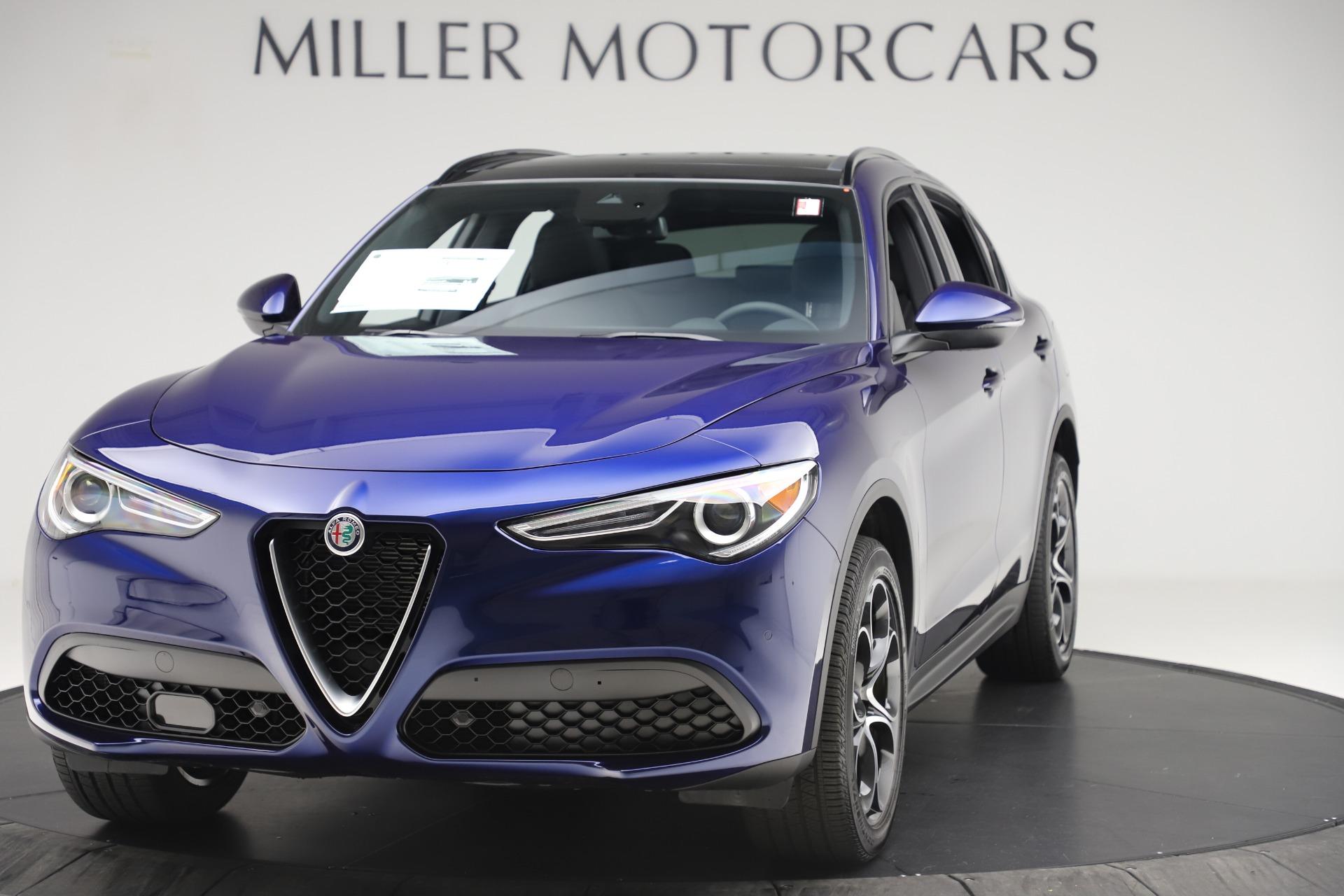 New 2019 Alfa Romeo Stelvio Ti Sport Q4 For Sale In Greenwich, CT. Alfa Romeo of Greenwich, LW354 3334_main