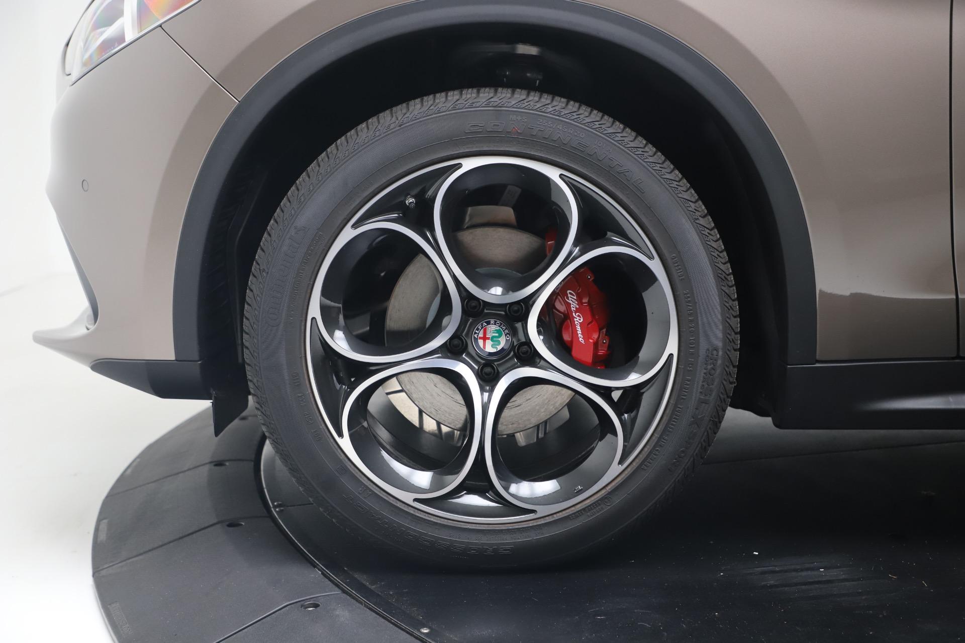 New 2019 Alfa Romeo Stelvio Ti Sport Q4 For Sale In Greenwich, CT. Alfa Romeo of Greenwich, LW359 3337_p30