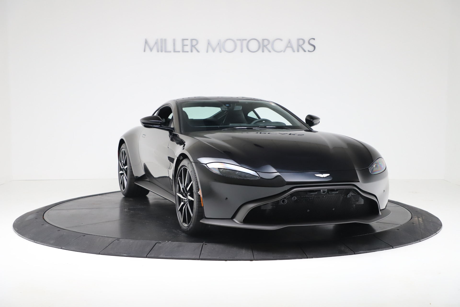 Used 2020 Aston Martin Vantage Coupe For Sale In Greenwich, CT. Alfa Romeo of Greenwich, A1388B 3340_p11