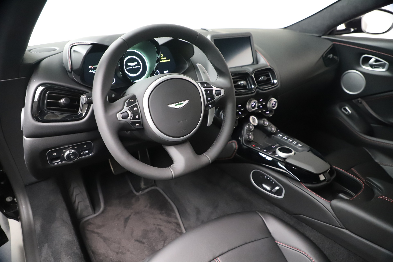 New 2020 Aston Martin Vantage Coupe For Sale In Greenwich, CT. Alfa Romeo of Greenwich, A1388 3340_p13