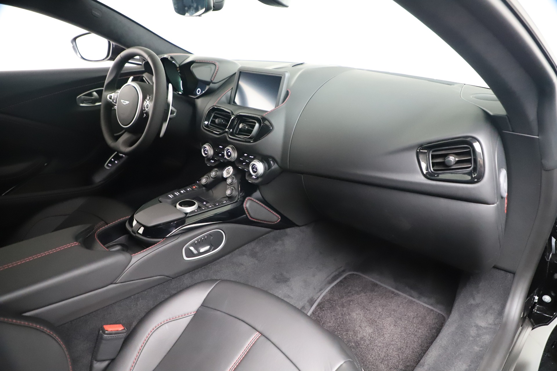 Used 2020 Aston Martin Vantage Coupe For Sale In Greenwich, CT. Alfa Romeo of Greenwich, A1388B 3340_p17