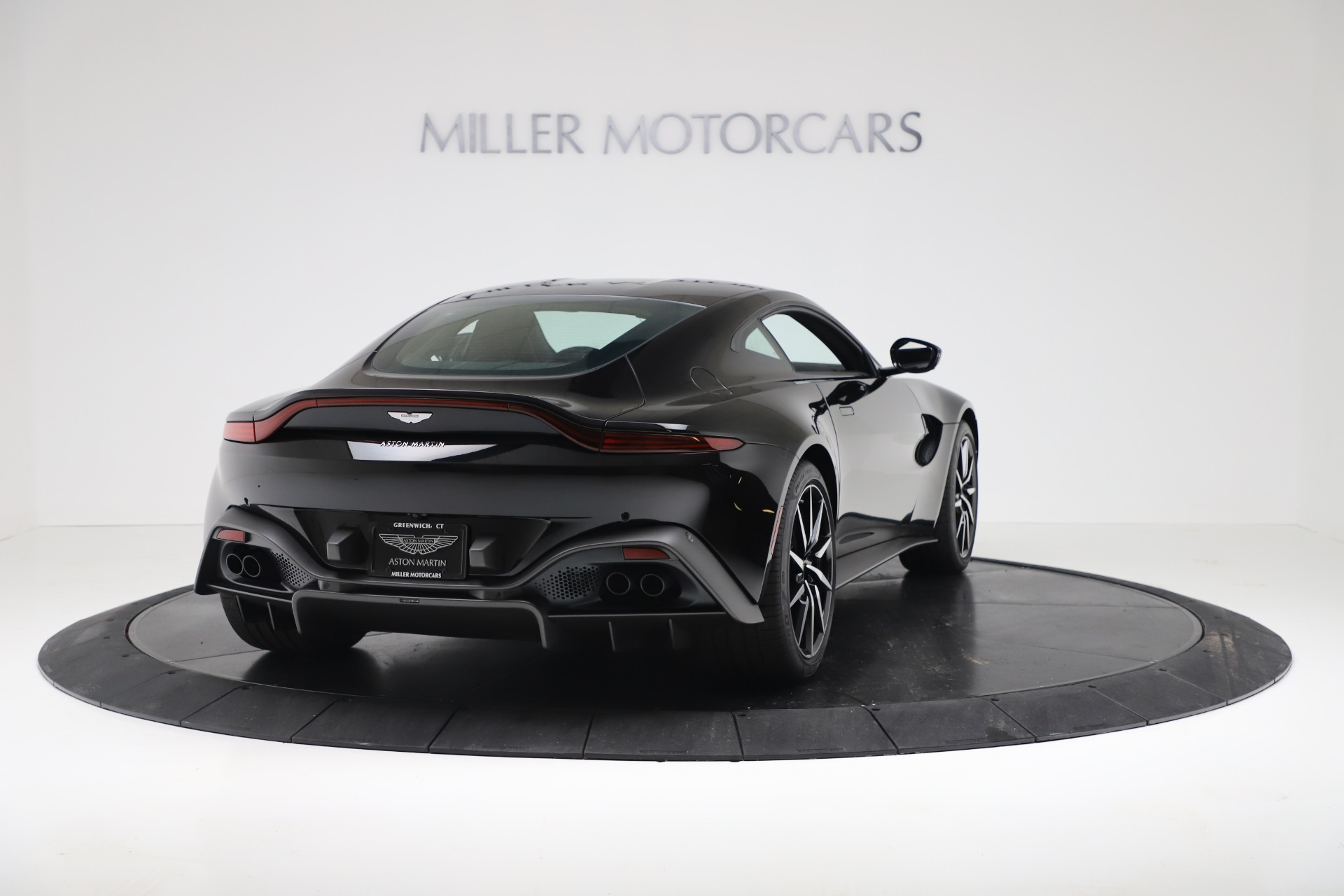 Used 2020 Aston Martin Vantage Coupe For Sale In Greenwich, CT. Alfa Romeo of Greenwich, A1388B 3340_p7