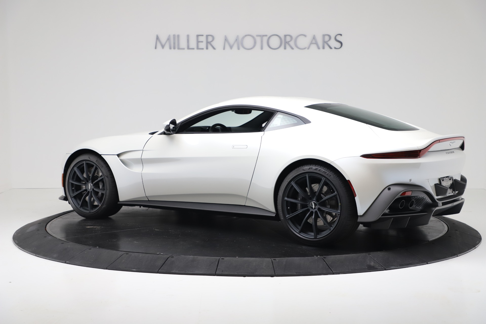 New 2020 Aston Martin Vantage Coupe For Sale In Greenwich, CT. Alfa Romeo of Greenwich, A1389 3342_p3