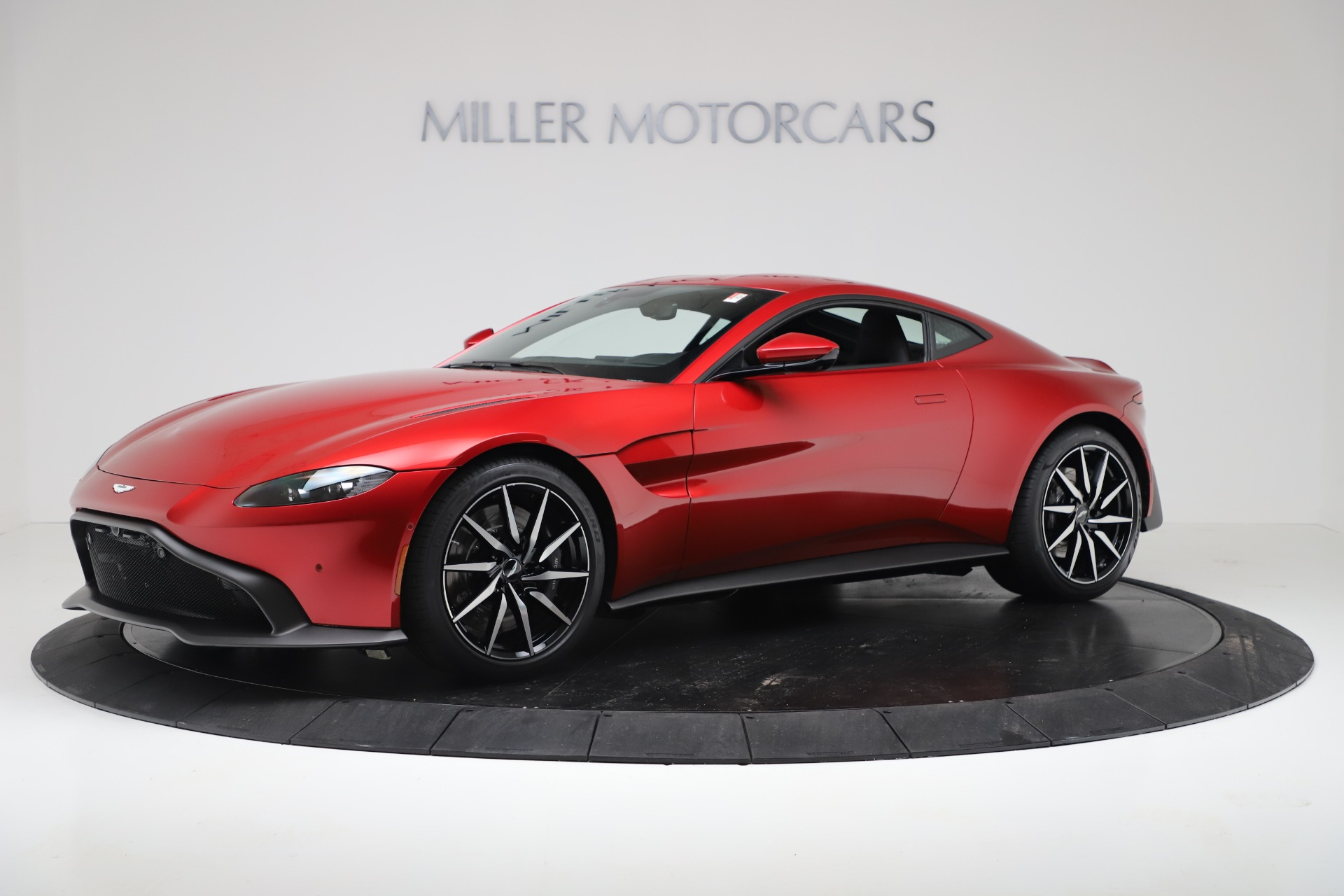 New 2020 Aston Martin Vantage V8 For Sale In Greenwich, CT. Alfa Romeo of Greenwich, A1390