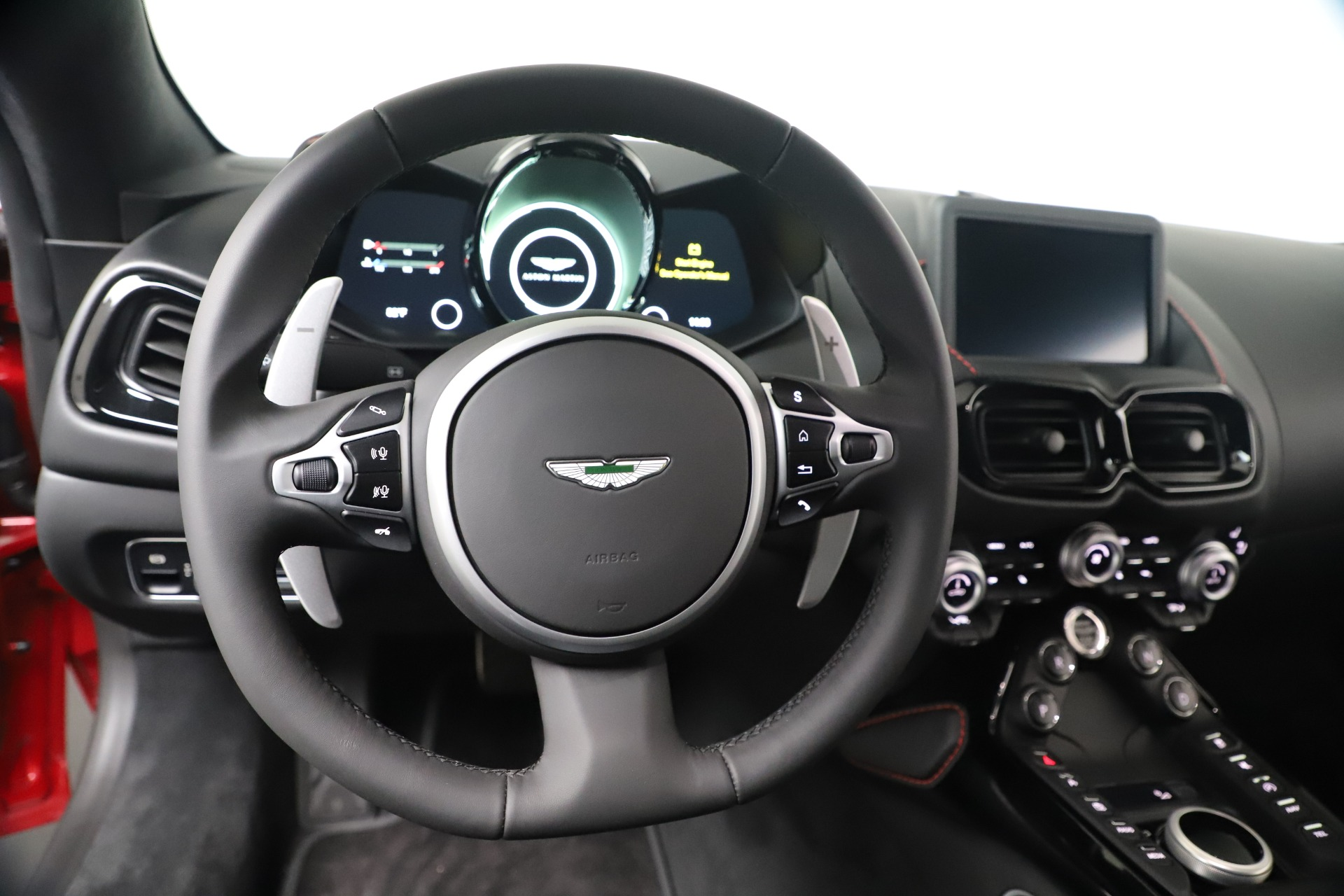New 2020 Aston Martin Vantage V8 For Sale In Greenwich, CT. Alfa Romeo of Greenwich, A1390 3343_p17
