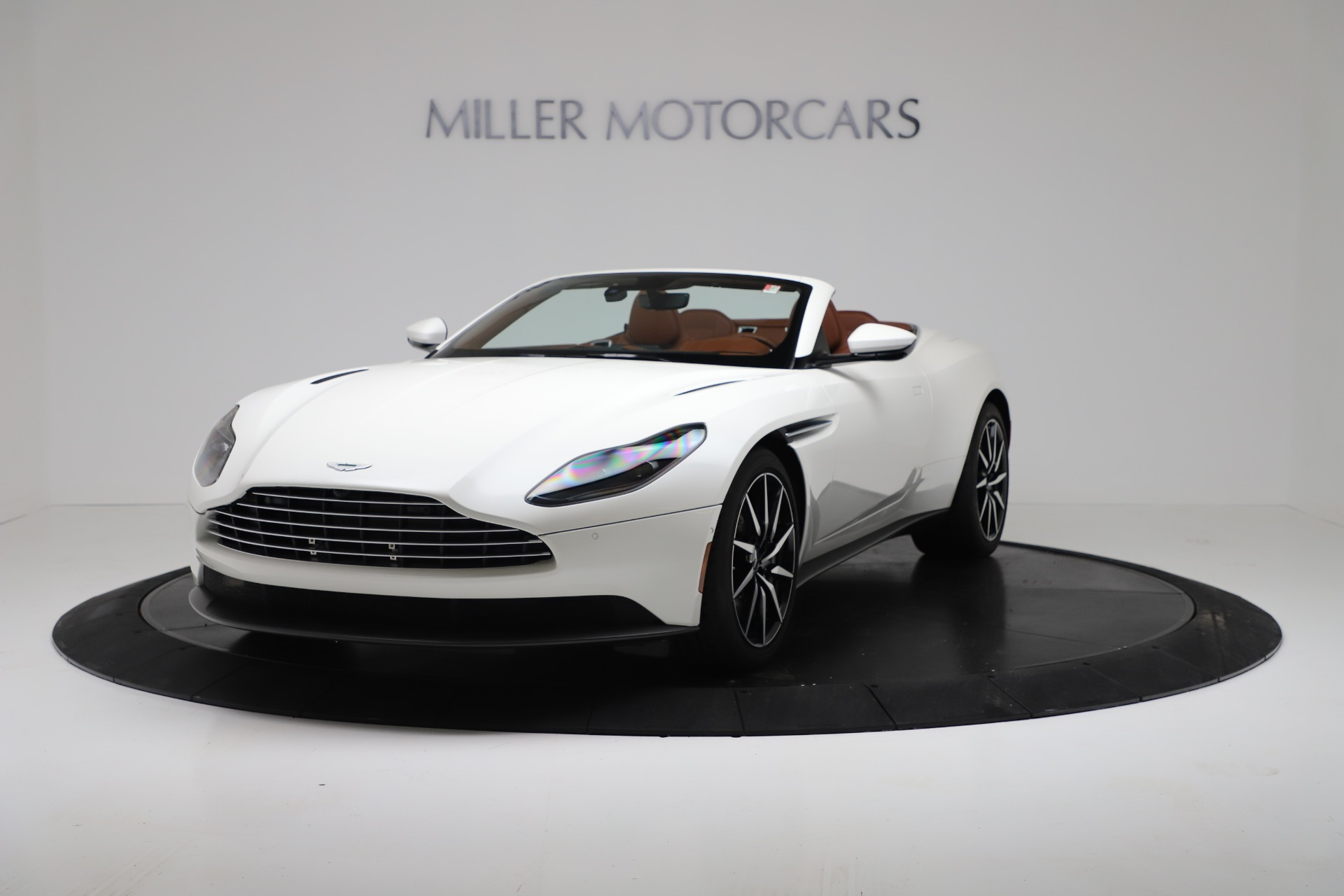 New 2019 Aston Martin DB11 V8 For Sale In Greenwich, CT. Alfa Romeo of Greenwich, A1391 3344_p2