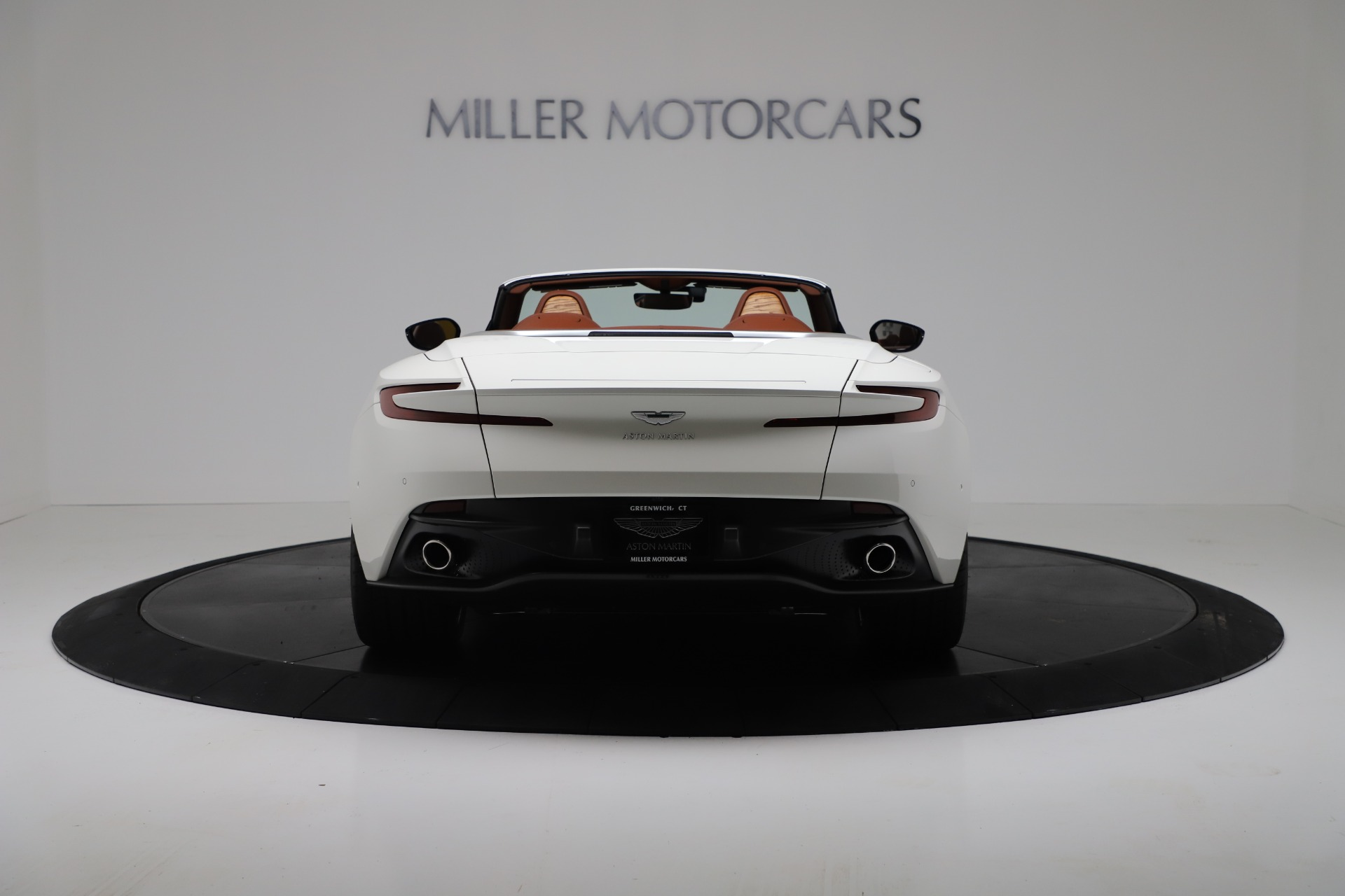 New 2019 Aston Martin DB11 V8 For Sale In Greenwich, CT. Alfa Romeo of Greenwich, A1391 3344_p6