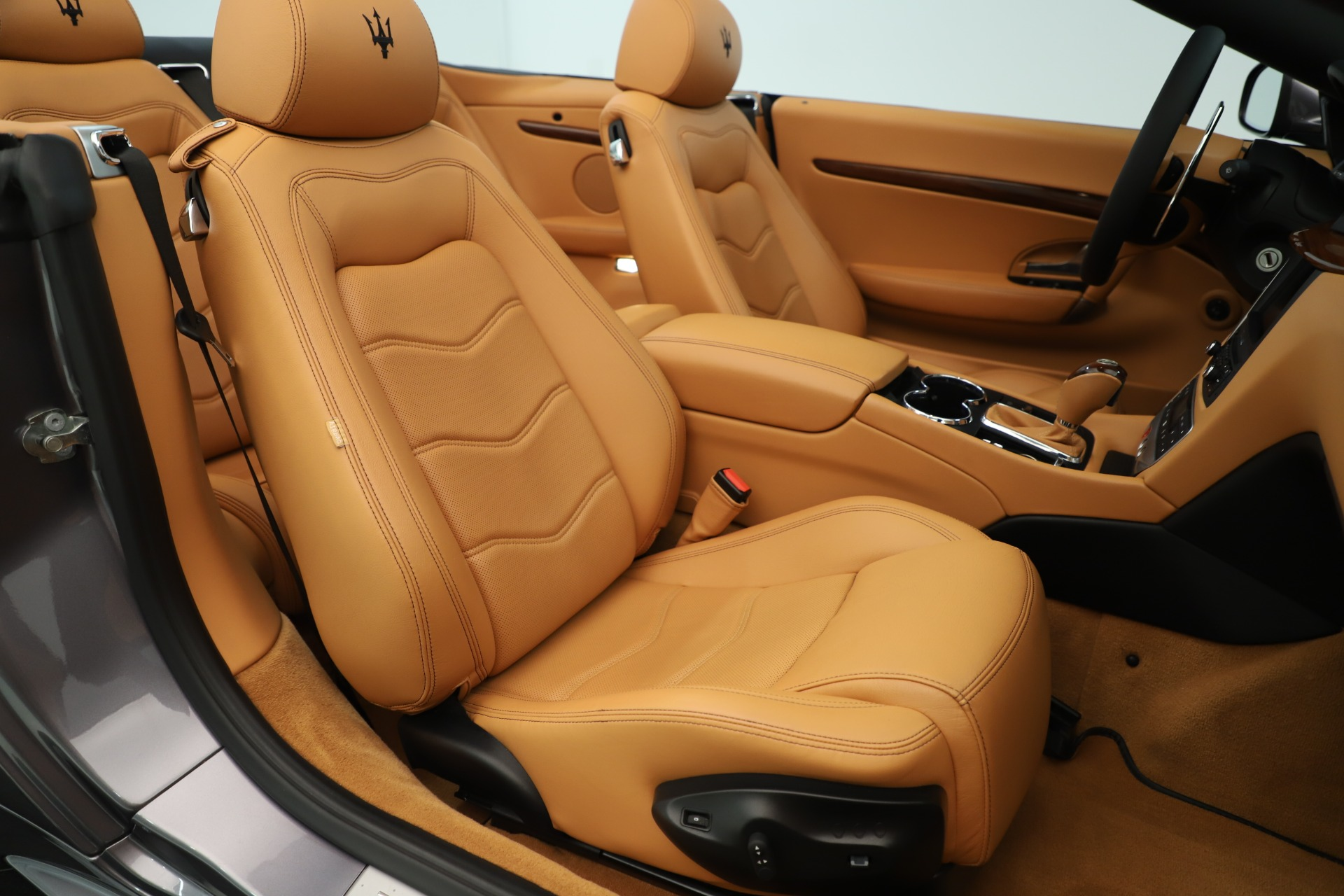 Used 2012 Maserati GranTurismo Sport For Sale In Greenwich, CT. Alfa Romeo of Greenwich, 7532A 3348_p28