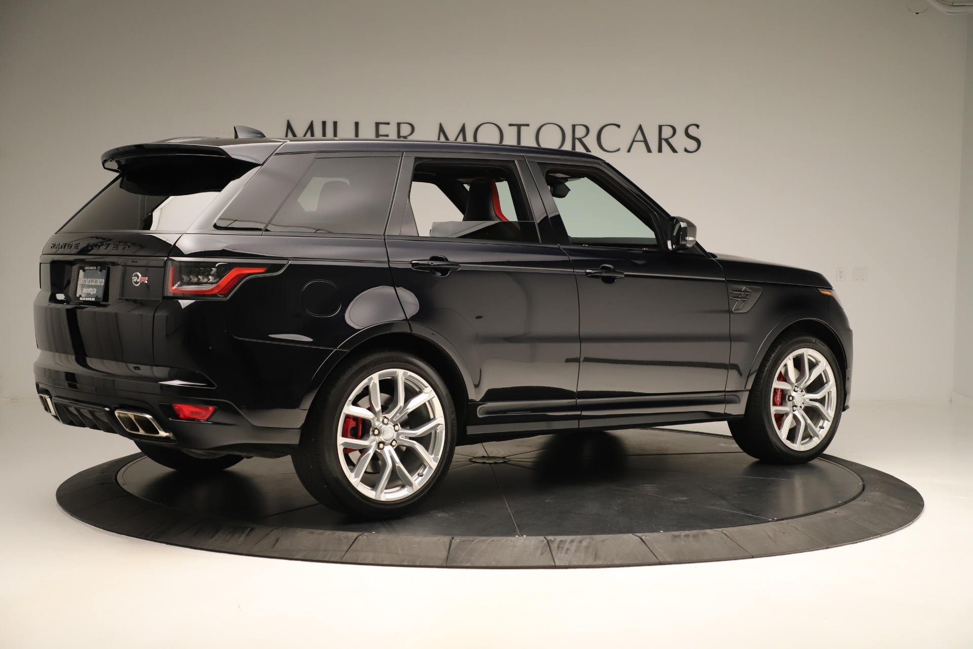 Used 2019 Land Rover Range Rover Sport SVR For Sale In Greenwich, CT. Alfa Romeo of Greenwich, 4571A 3353_p8