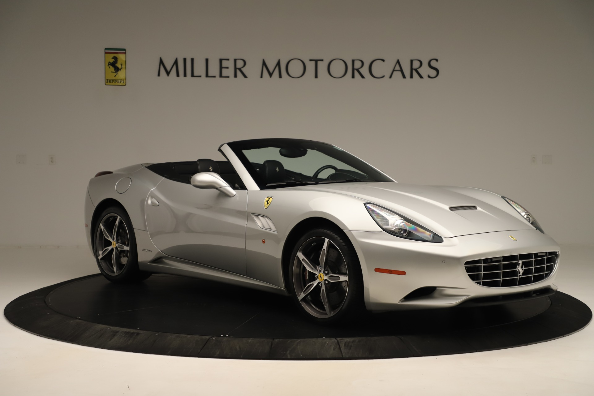 Used 2014 Ferrari California  For Sale In Greenwich, CT. Alfa Romeo of Greenwich, F1945A 3355_p10