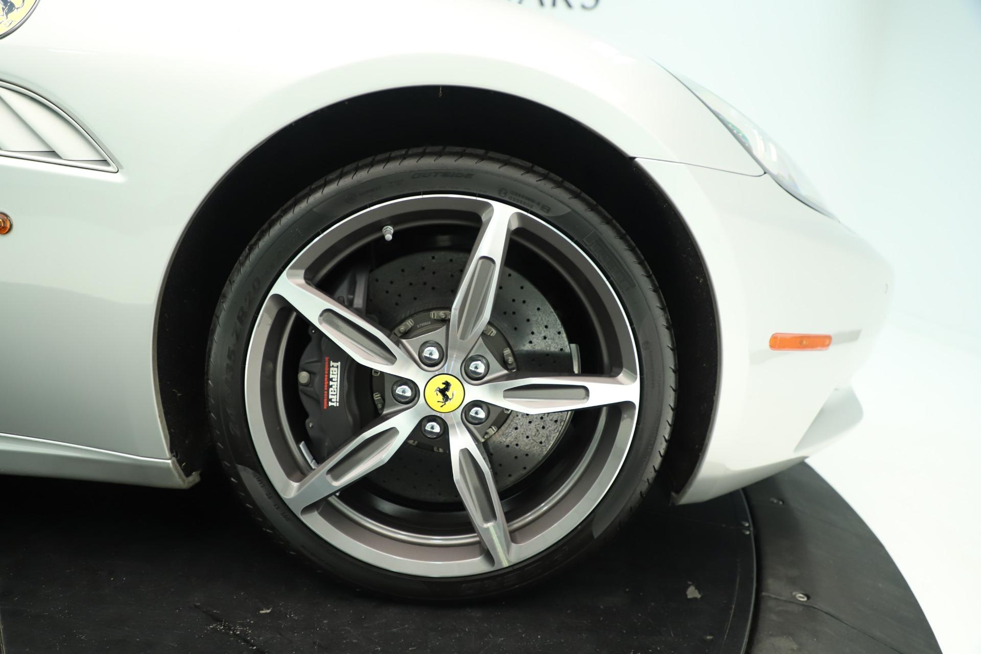 Used 2014 Ferrari California  For Sale In Greenwich, CT. Alfa Romeo of Greenwich, F1945A 3355_p19
