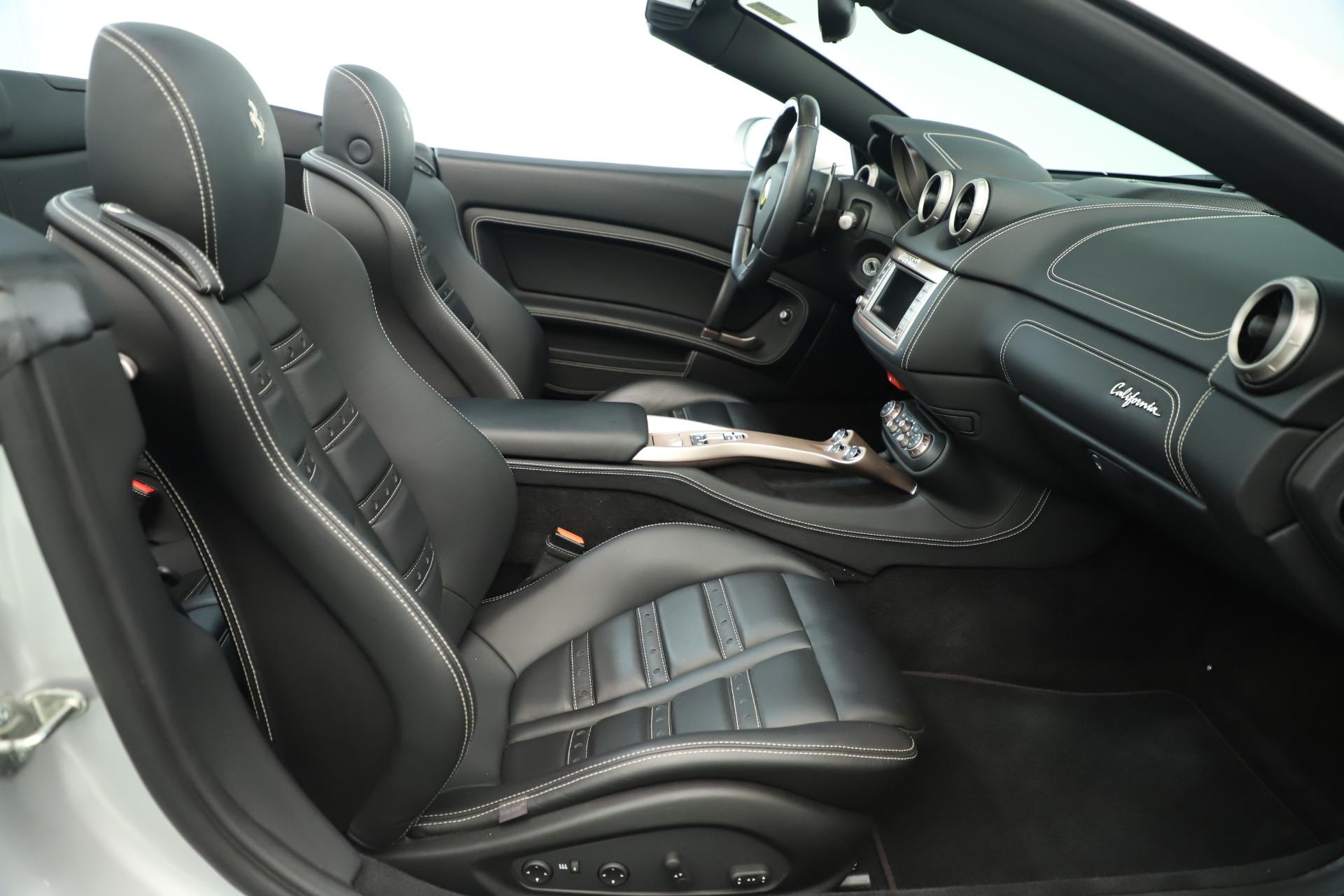 Used 2014 Ferrari California  For Sale In Greenwich, CT. Alfa Romeo of Greenwich, F1945A 3355_p26