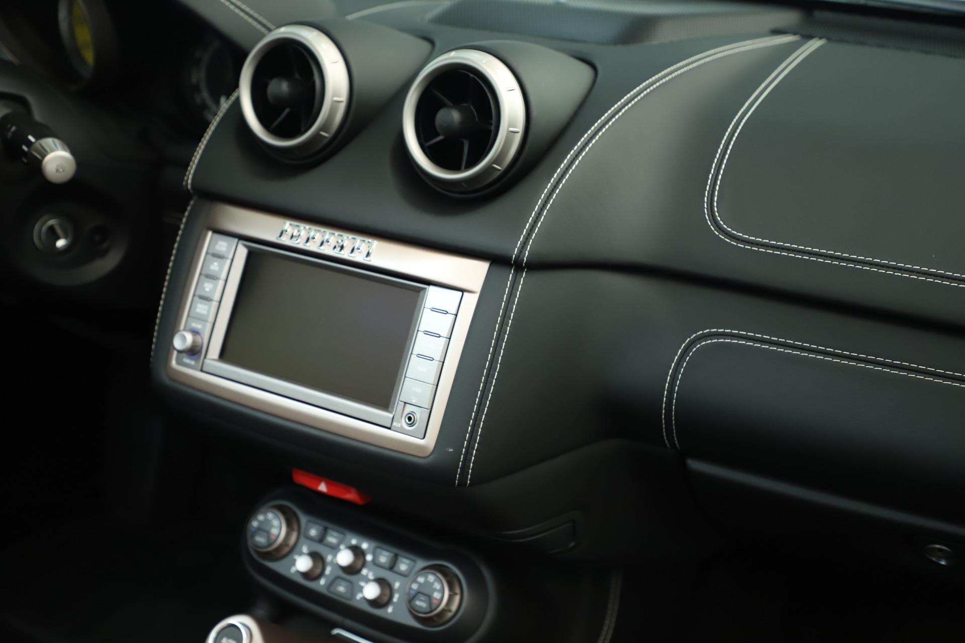 Used 2014 Ferrari California  For Sale In Greenwich, CT. Alfa Romeo of Greenwich, F1945A 3355_p31