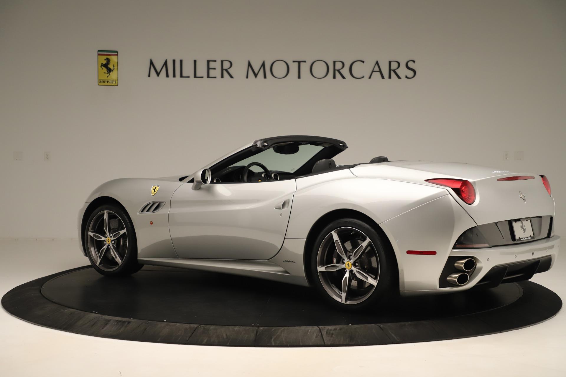 Used 2014 Ferrari California  For Sale In Greenwich, CT. Alfa Romeo of Greenwich, F1945A 3355_p4