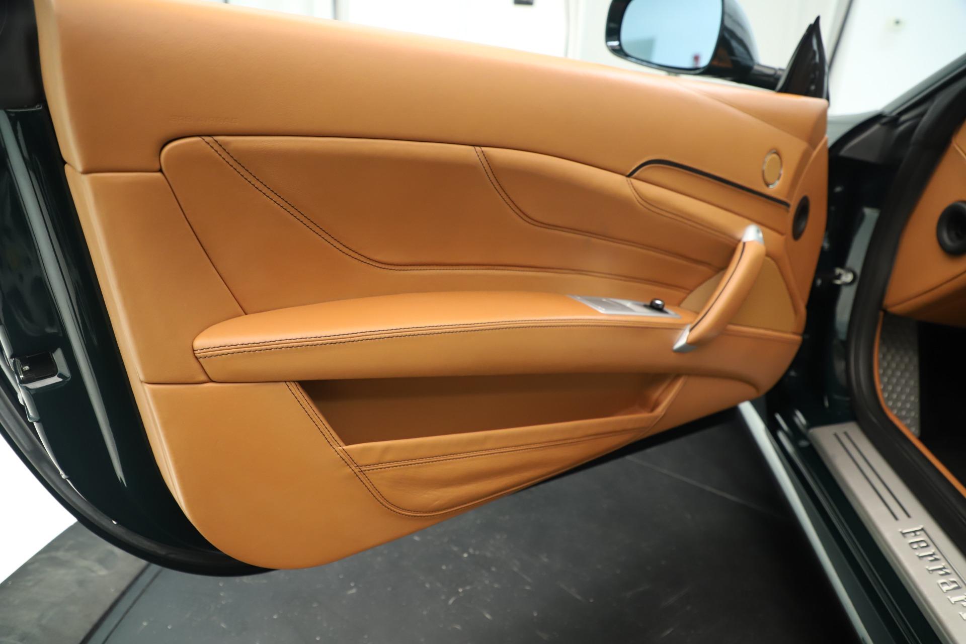Used 2012 Ferrari FF  For Sale In Greenwich, CT. Alfa Romeo of Greenwich, 4580A 3357_p18
