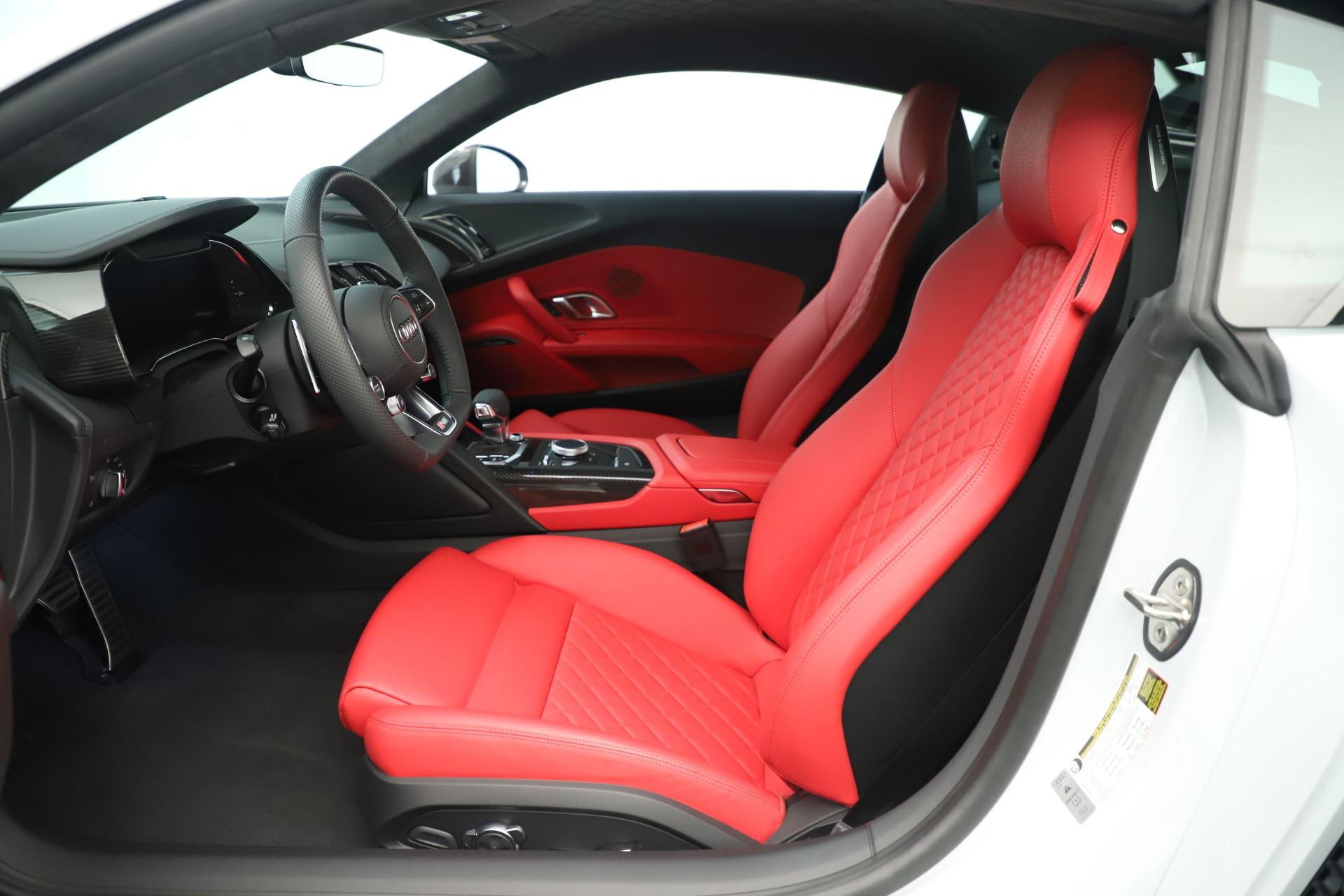 Used 2018 Audi R8 5.2 quattro V10 Plus For Sale In Greenwich, CT. Alfa Romeo of Greenwich, 7615 3360_p15