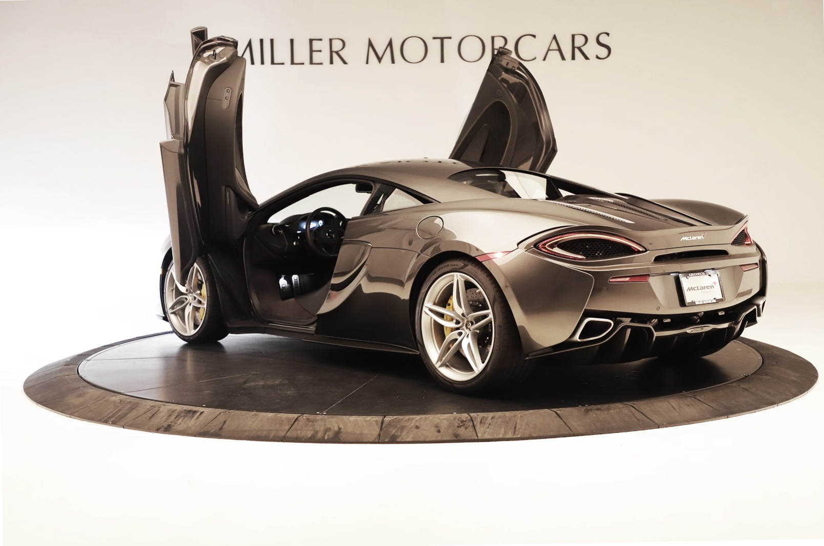 Used 2017 McLaren 570S Coupe For Sale In Greenwich, CT. Alfa Romeo of Greenwich, MC414A 3361_p11