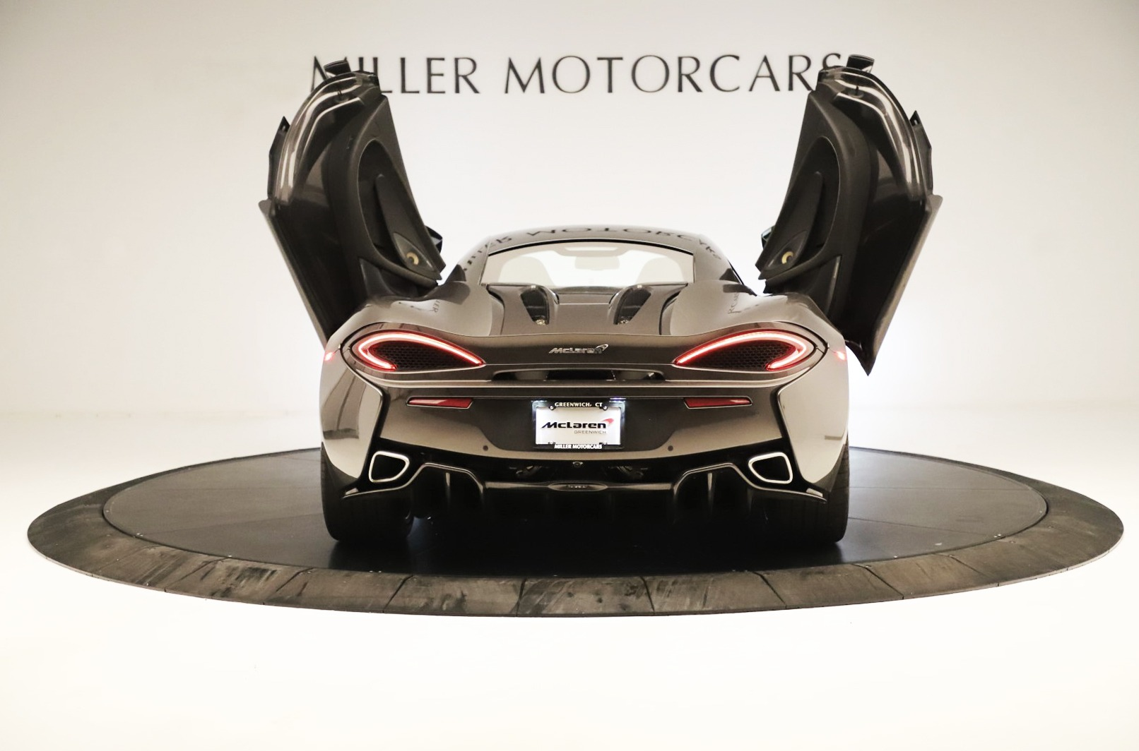 Used 2017 McLaren 570S Coupe For Sale In Greenwich, CT. Alfa Romeo of Greenwich, MC414A 3361_p12