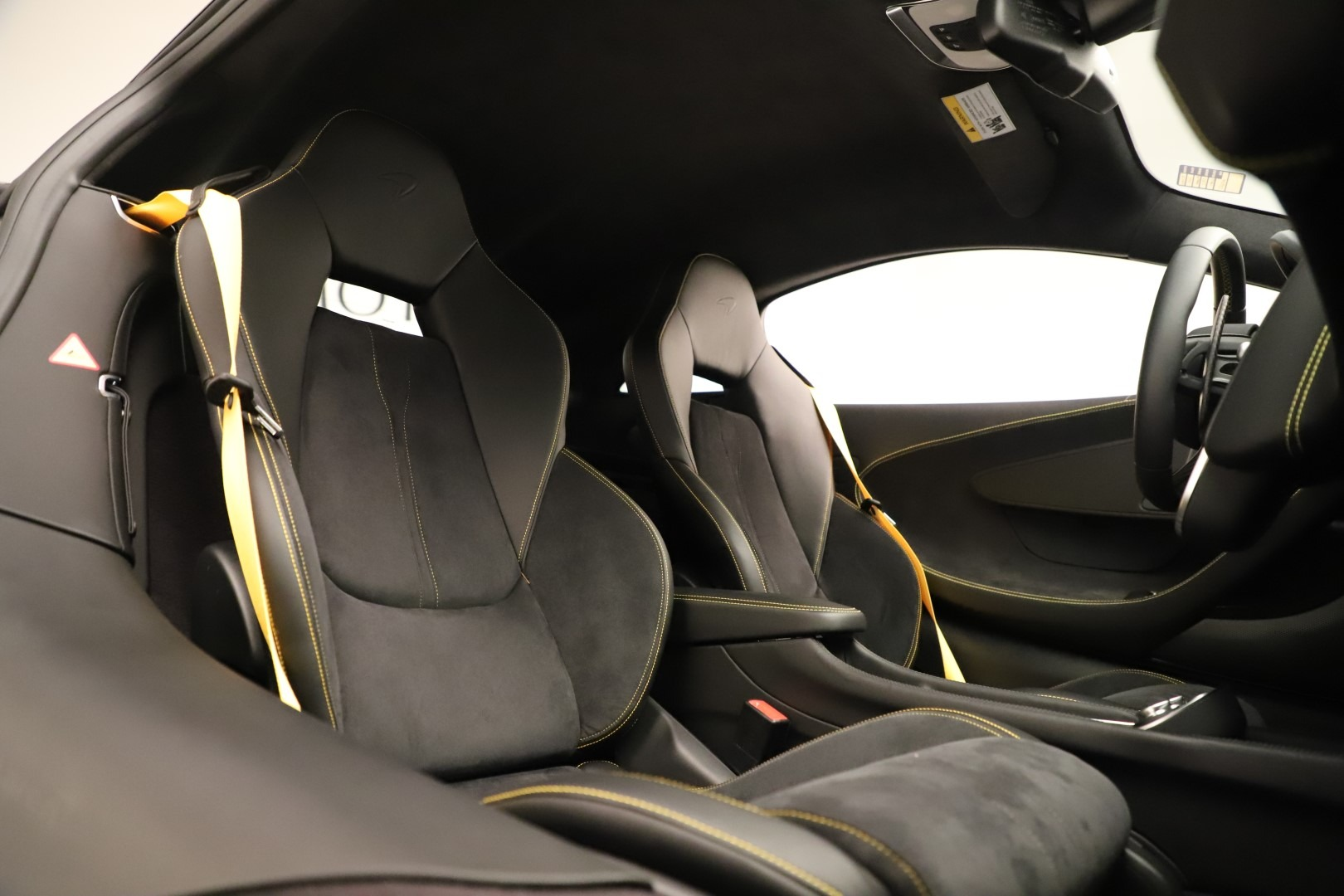 Used 2017 McLaren 570S Coupe For Sale In Greenwich, CT. Alfa Romeo of Greenwich, MC414A 3361_p18