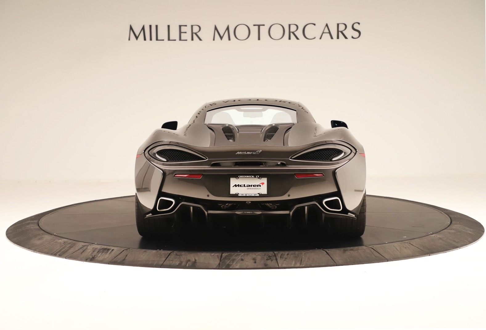 Used 2017 McLaren 570S Coupe For Sale In Greenwich, CT. Alfa Romeo of Greenwich, MC414A 3361_p4