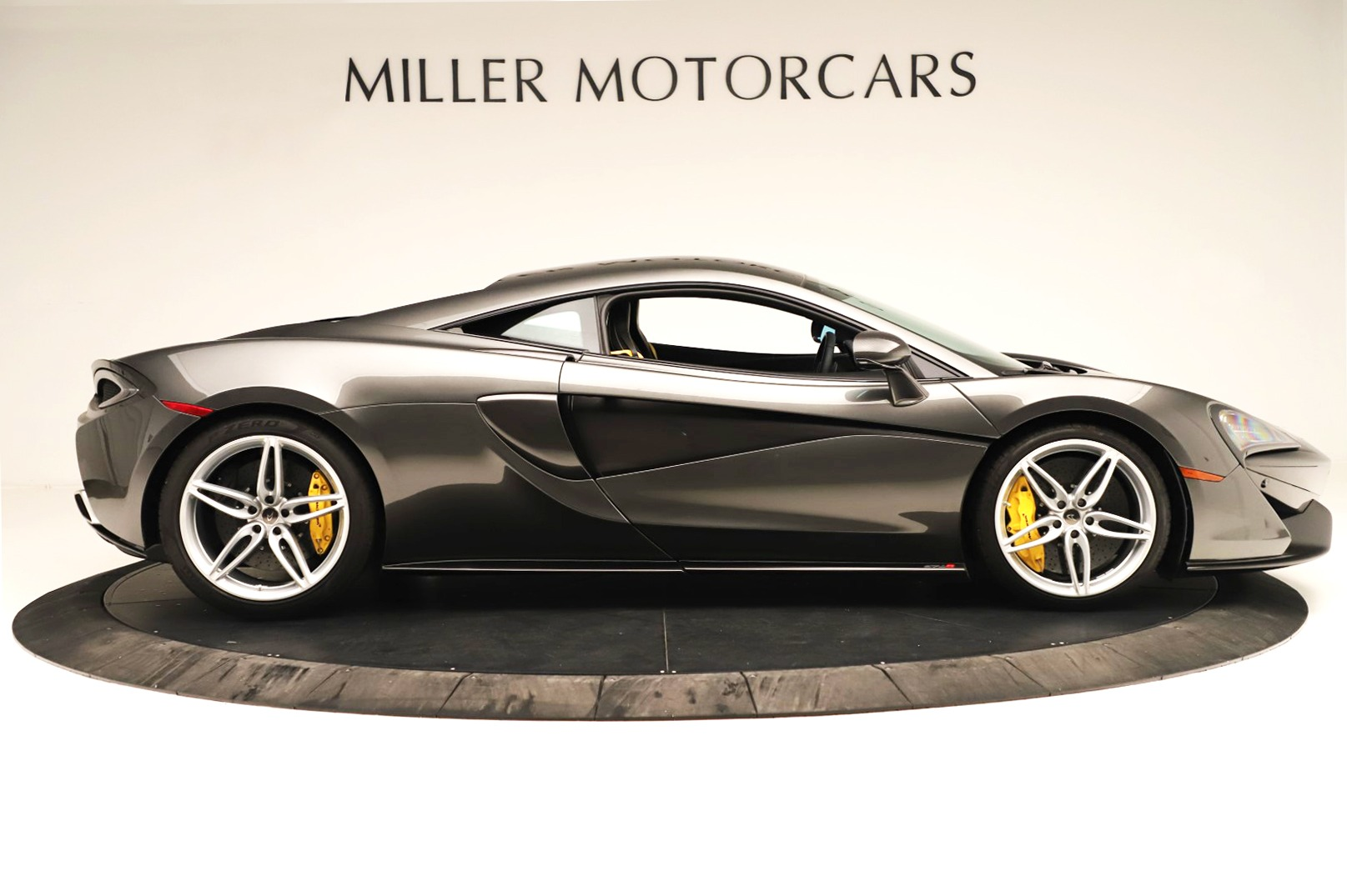Used 2017 McLaren 570S Coupe For Sale In Greenwich, CT. Alfa Romeo of Greenwich, MC414A 3361_p6