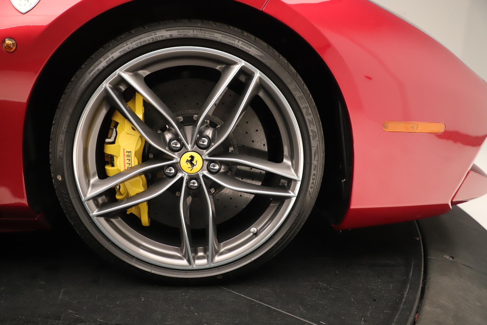 Used 2018 Ferrari 488 GTB  For Sale In Greenwich, CT. Alfa Romeo of Greenwich, F2001A 3362_p13