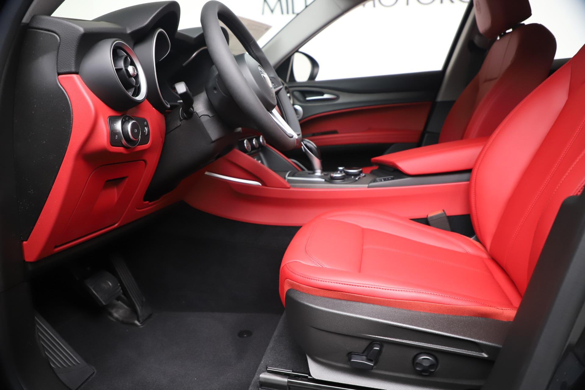 New 2019 Alfa Romeo Stelvio Ti Q4 For Sale In Greenwich, CT. Alfa Romeo of Greenwich, LW373 3363_p14