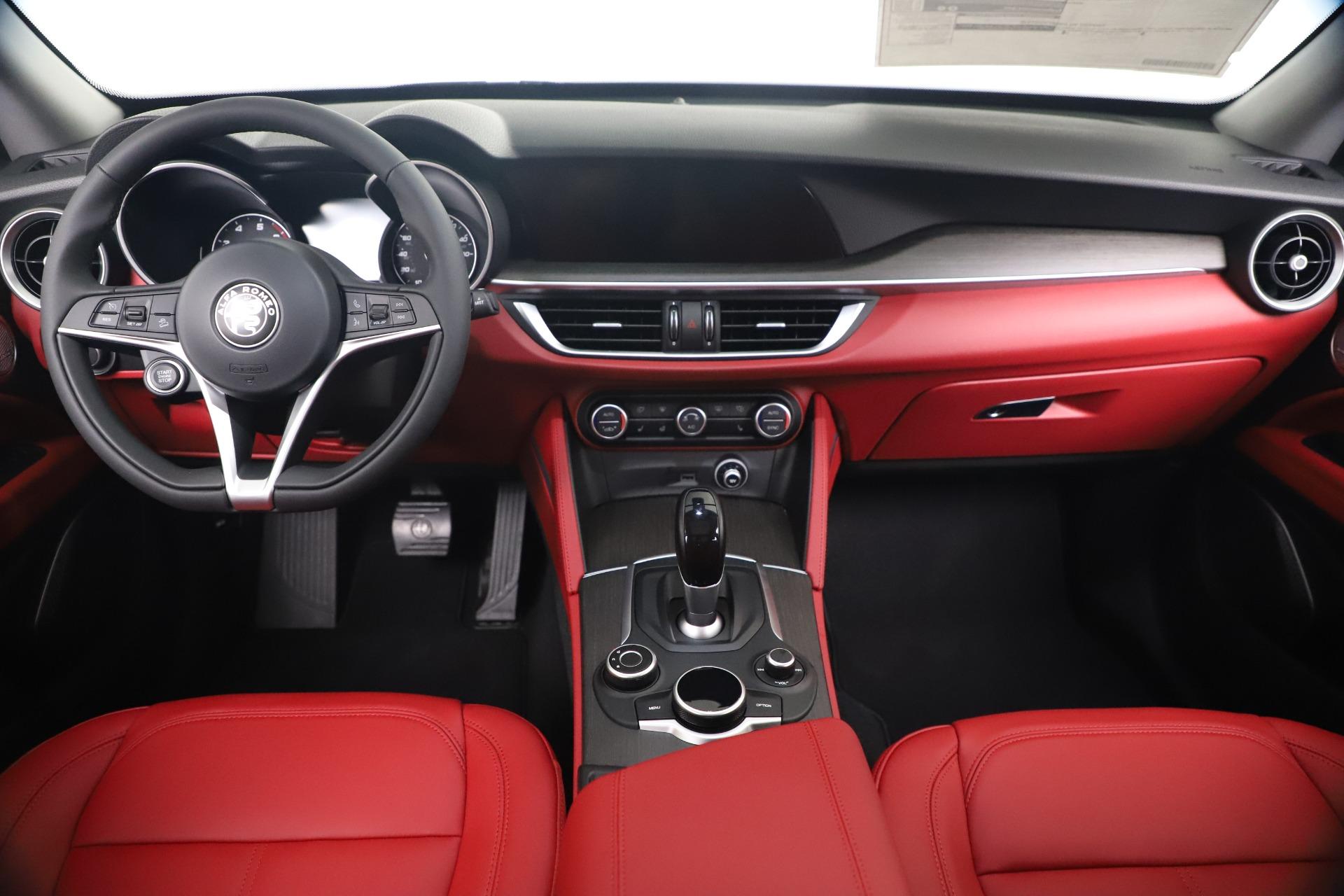 New 2019 Alfa Romeo Stelvio Ti Q4 For Sale In Greenwich, CT. Alfa Romeo of Greenwich, LW373 3363_p16