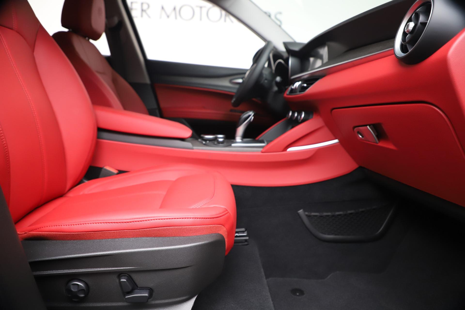 New 2019 Alfa Romeo Stelvio Ti Q4 For Sale In Greenwich, CT. Alfa Romeo of Greenwich, LW373 3363_p23