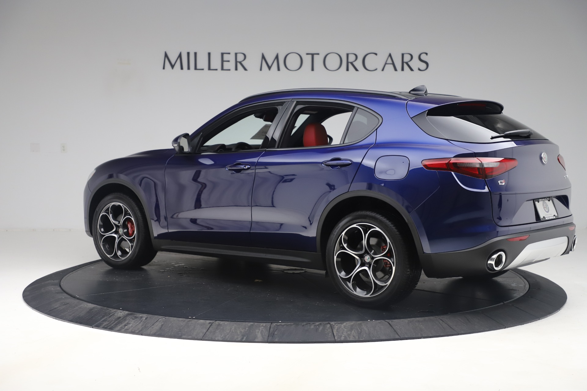New 2019 Alfa Romeo Stelvio Ti Sport Q4 For Sale In Greenwich, CT. Alfa Romeo of Greenwich, LW376 3364_p4