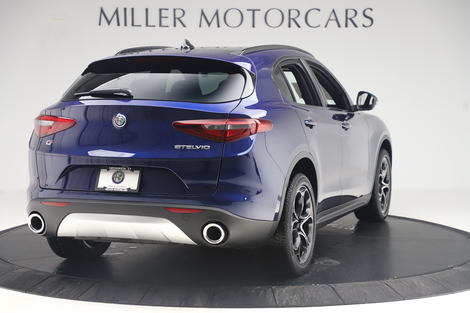 New 2019 Alfa Romeo Stelvio Ti Sport Q4 For Sale In Greenwich, CT. Alfa Romeo of Greenwich, LW376 3364_p7