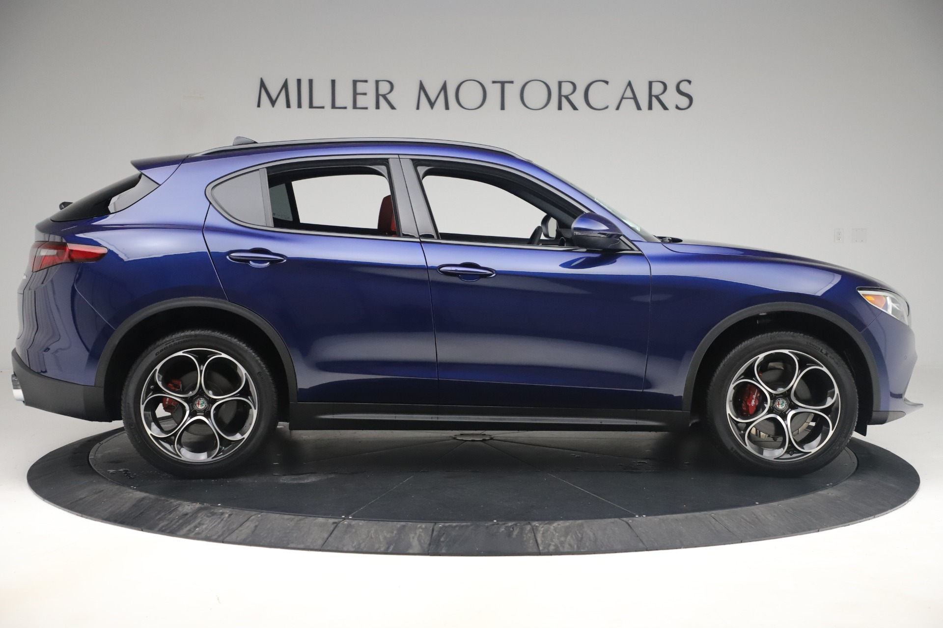 New 2019 Alfa Romeo Stelvio Ti Sport Q4 For Sale In Greenwich, CT. Alfa Romeo of Greenwich, LW376 3364_p9