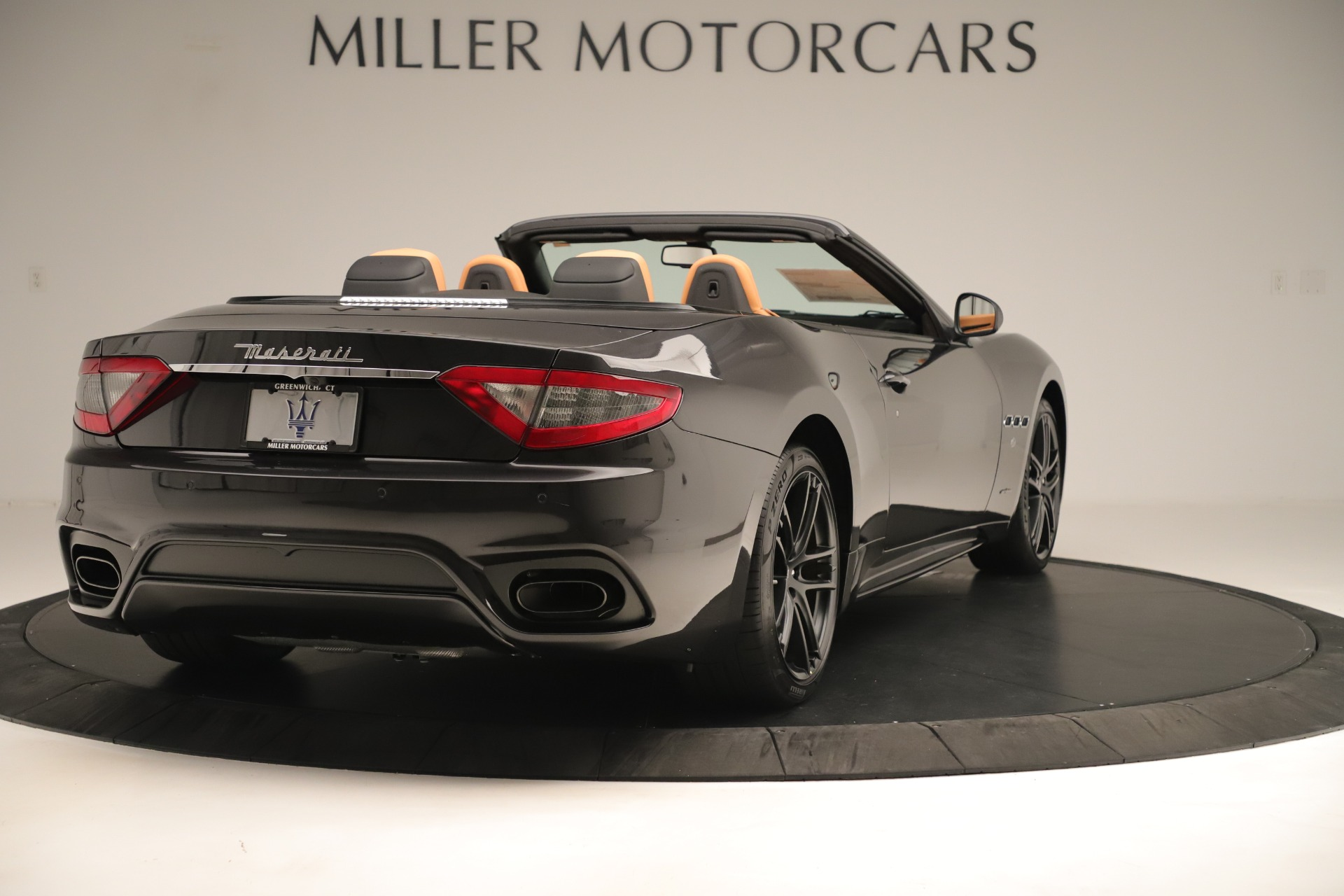 New 2019 Maserati GranTurismo Sport Convertible For Sale In Greenwich, CT. Alfa Romeo of Greenwich, W695 3367_p7