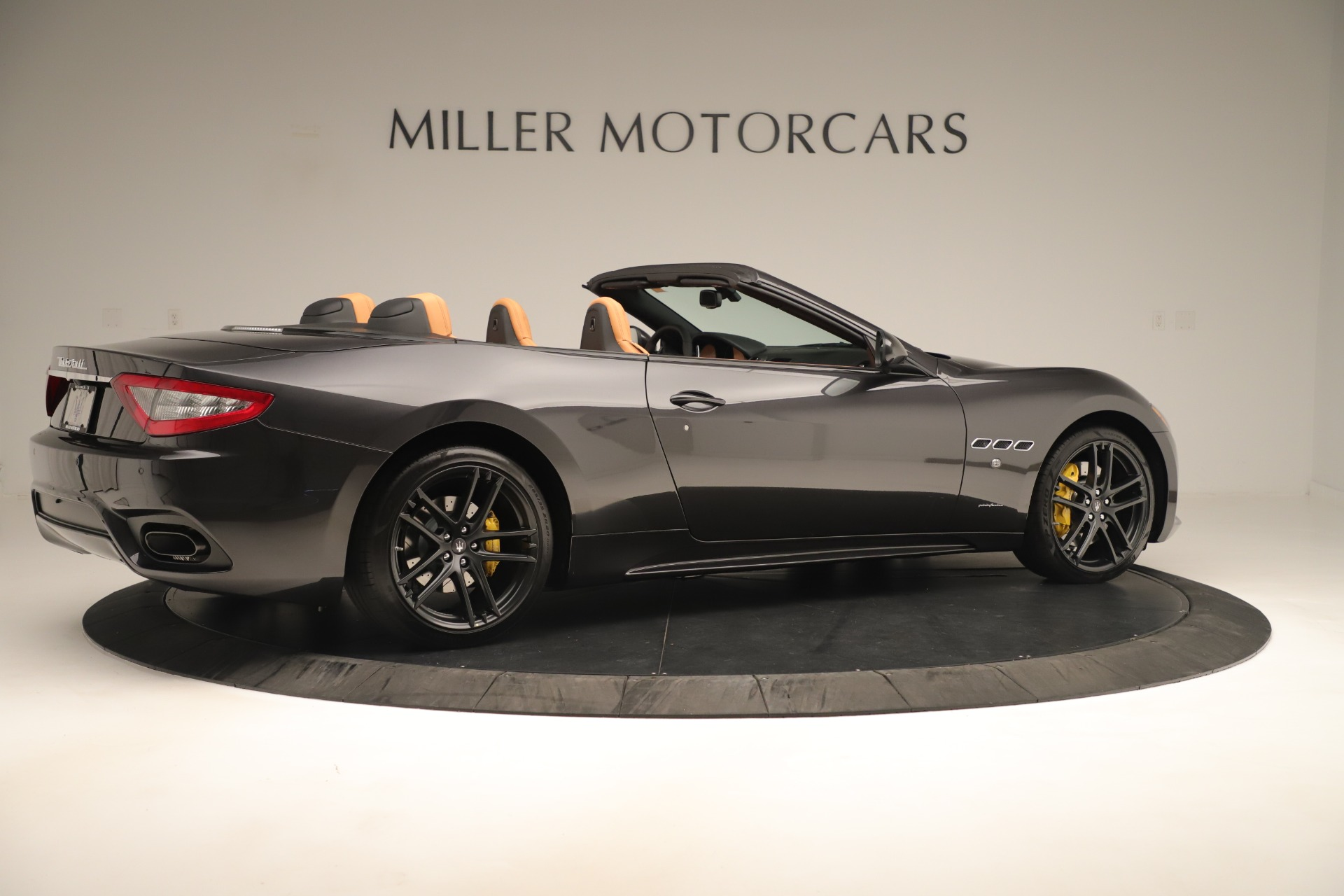 New 2019 Maserati GranTurismo Sport Convertible For Sale In Greenwich, CT. Alfa Romeo of Greenwich, W695 3367_p8