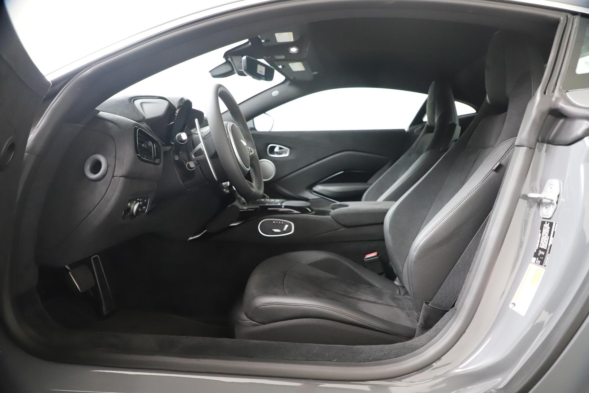New 2020 Aston Martin Vantage Coupe For Sale In Greenwich, CT. Alfa Romeo of Greenwich, A1395 3368_p11