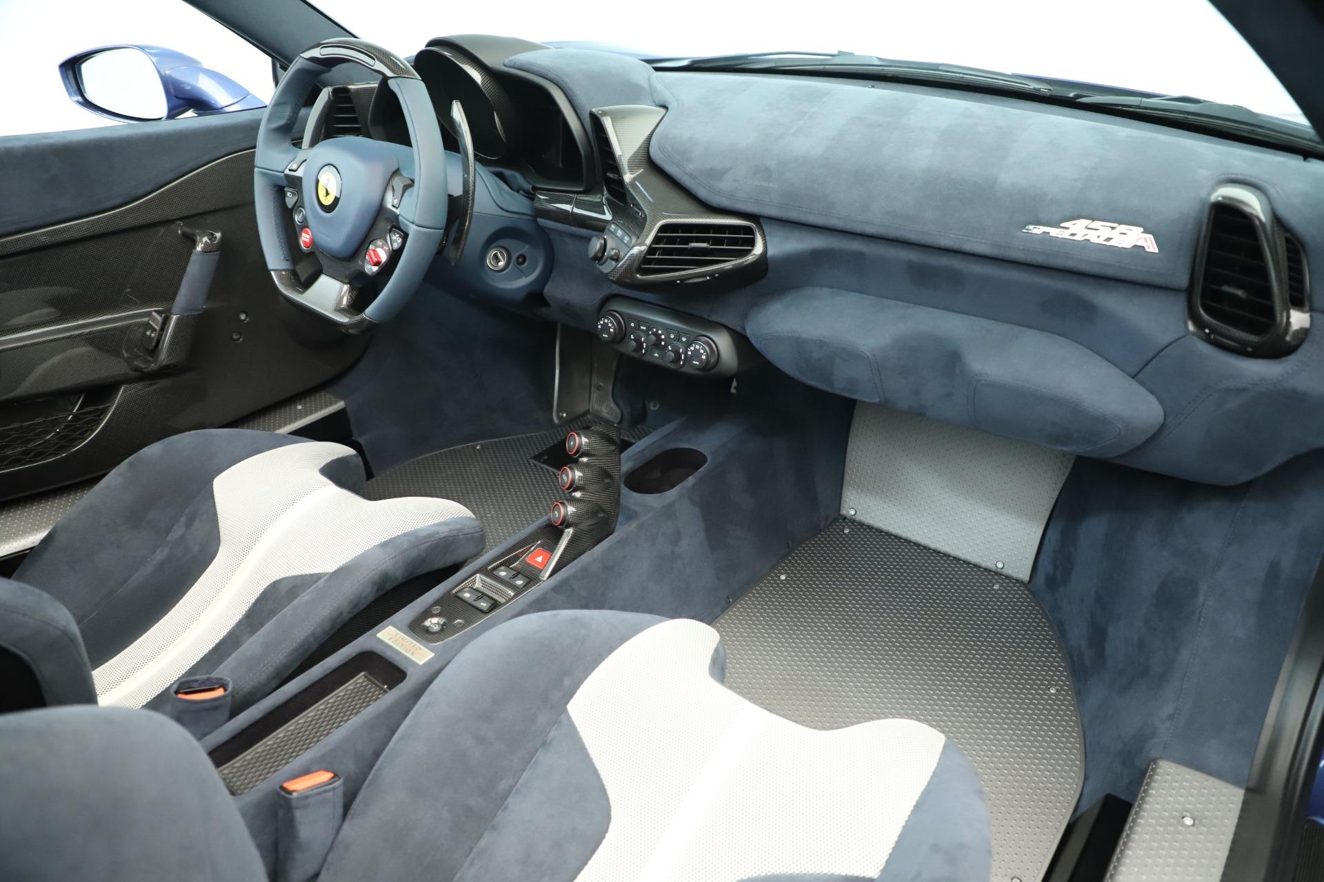 Used 2015 Ferrari 458 Speciale Aperta  For Sale In Greenwich, CT. Alfa Romeo of Greenwich, 4590 3372_p28