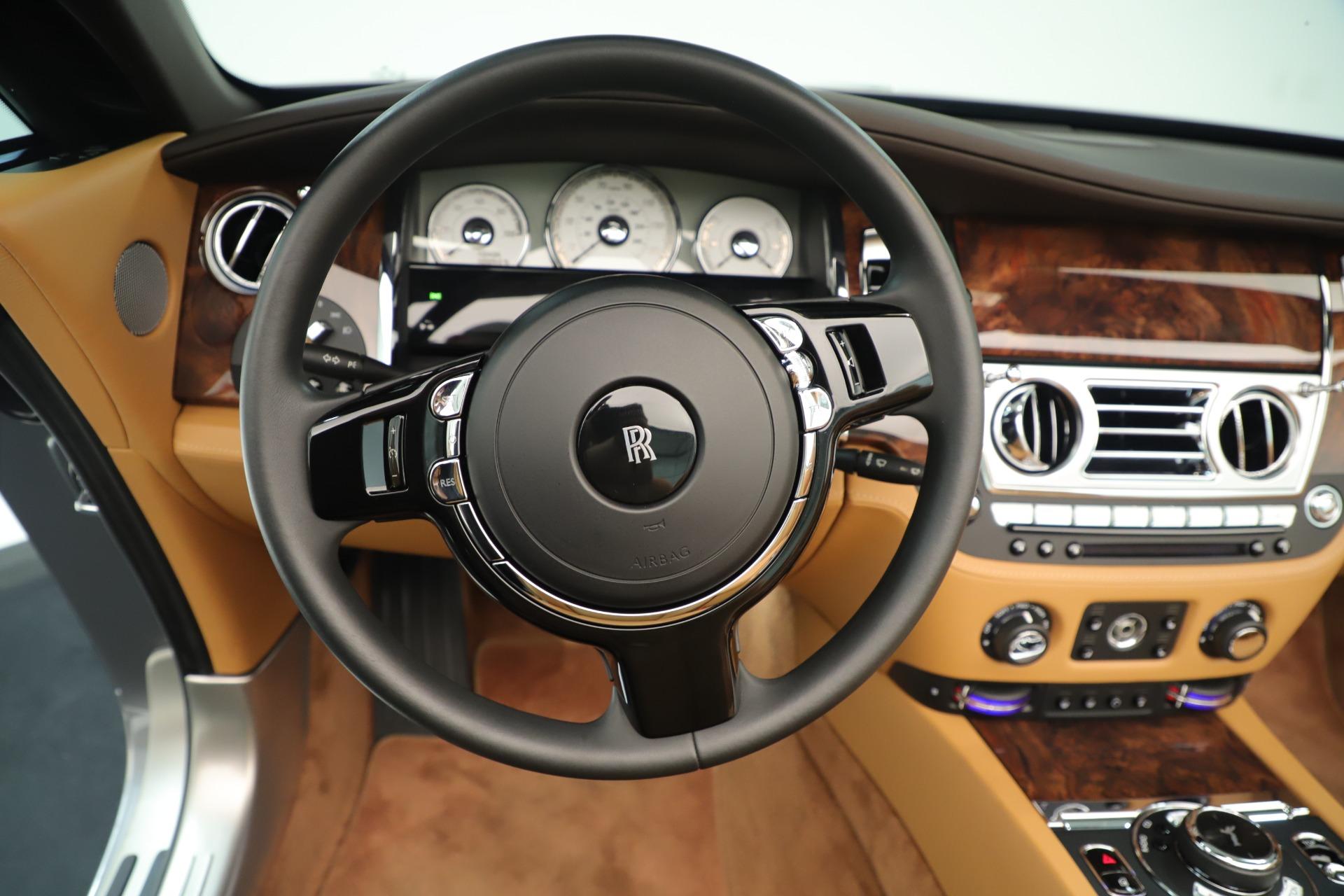 Used 2016 Rolls-Royce Dawn  For Sale In Greenwich, CT. Alfa Romeo of Greenwich, 7607 3373_p21