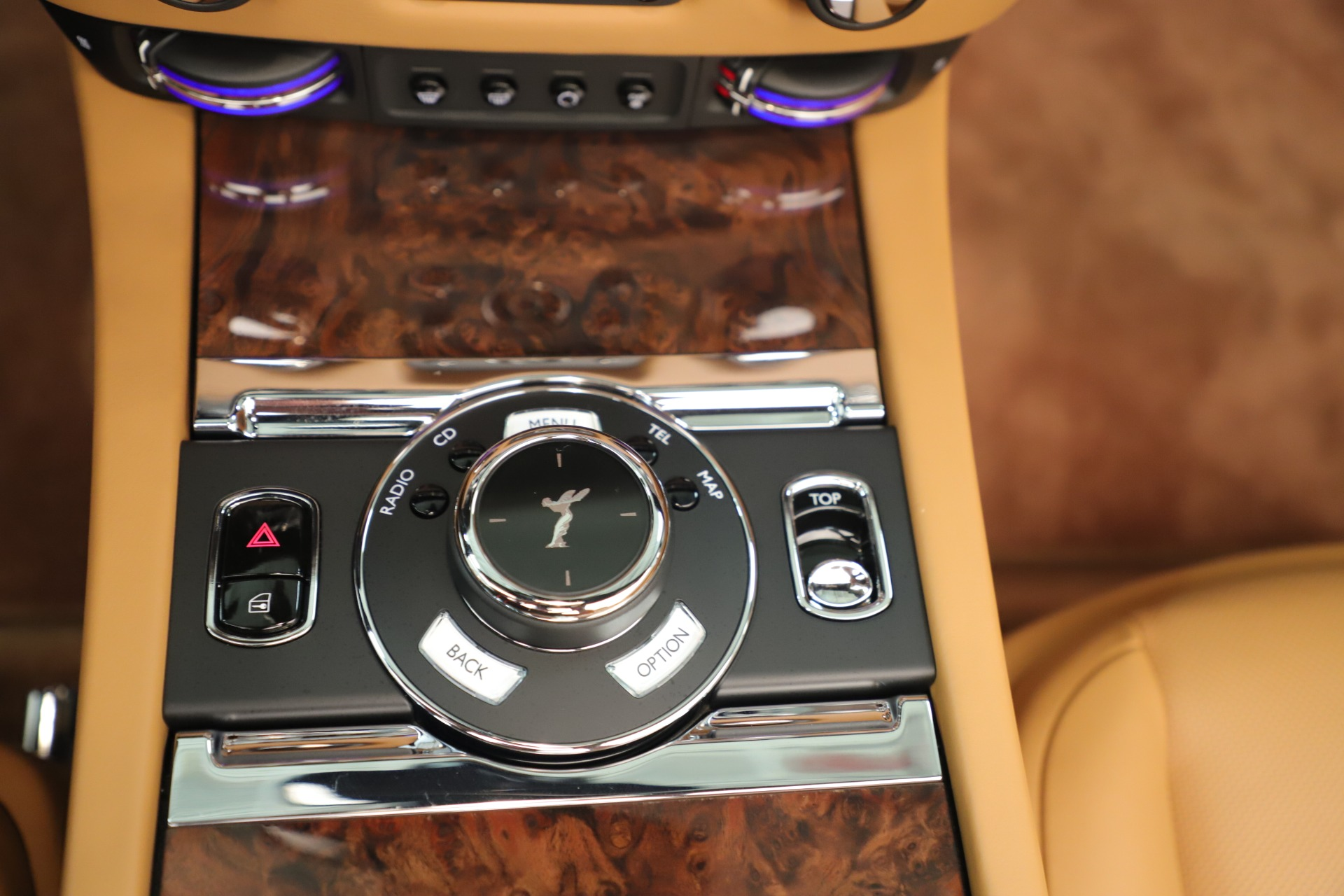 Used 2016 Rolls-Royce Dawn  For Sale In Greenwich, CT. Alfa Romeo of Greenwich, 7607 3373_p24