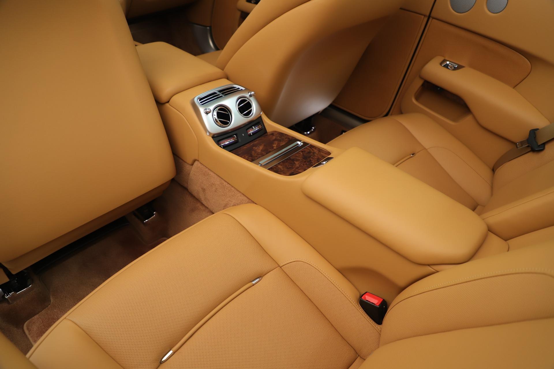 Used 2016 Rolls-Royce Dawn  For Sale In Greenwich, CT. Alfa Romeo of Greenwich, 7607 3373_p32
