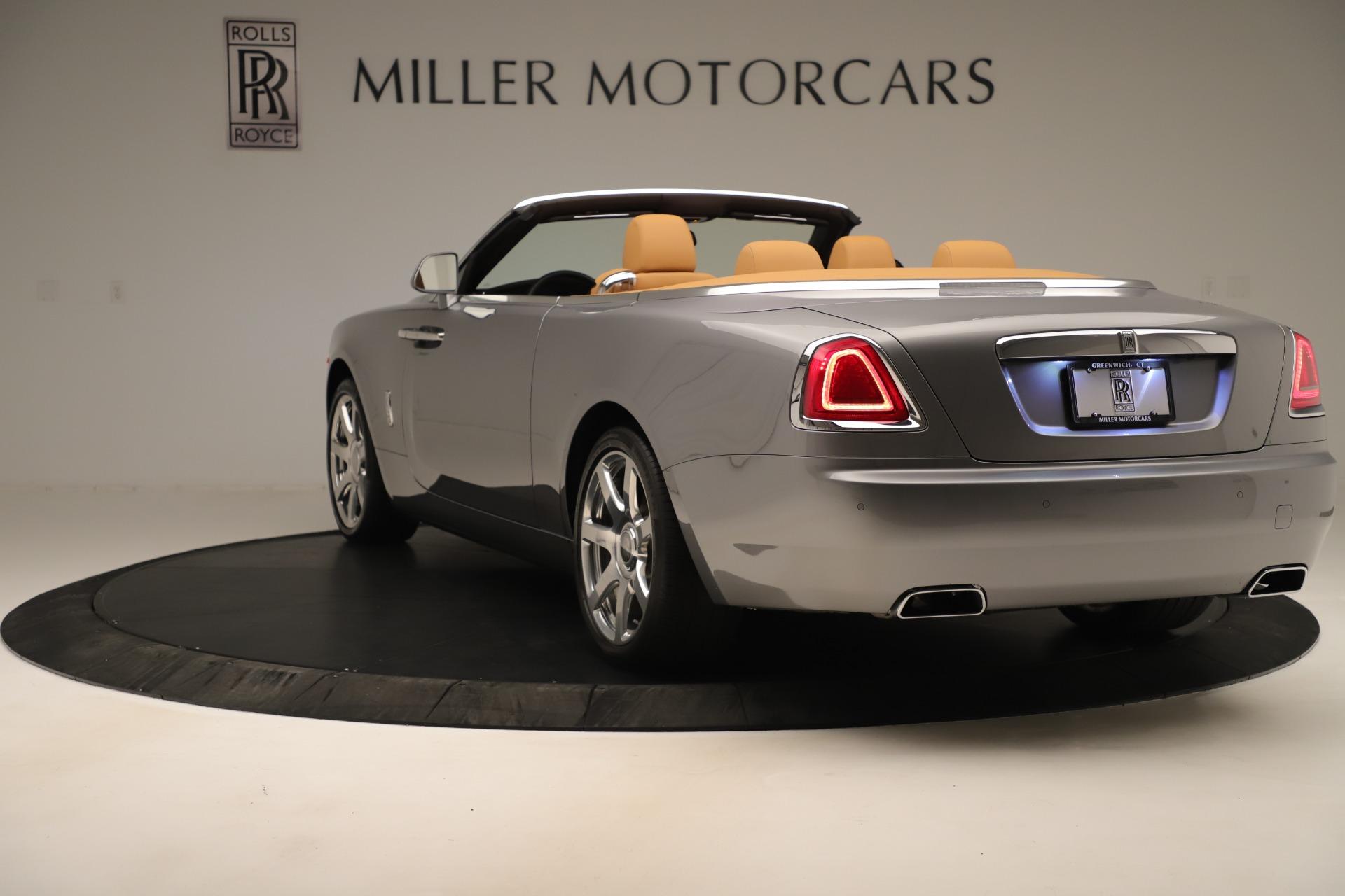 Used 2016 Rolls-Royce Dawn  For Sale In Greenwich, CT. Alfa Romeo of Greenwich, 7607 3373_p4