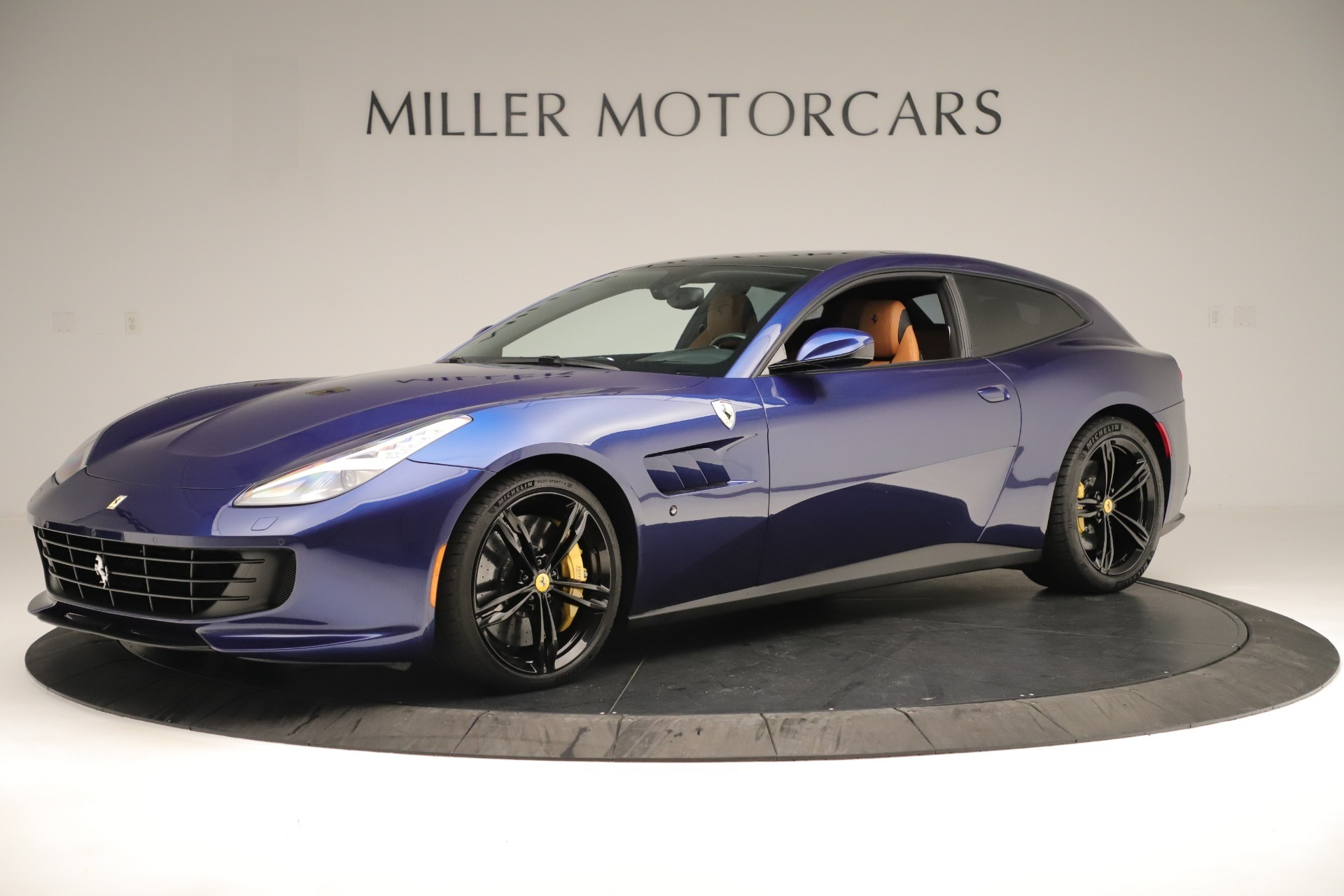 Used 2019 Ferrari GTC4Lusso  For Sale In Greenwich, CT. Alfa Romeo of Greenwich, 4598 3376_p2