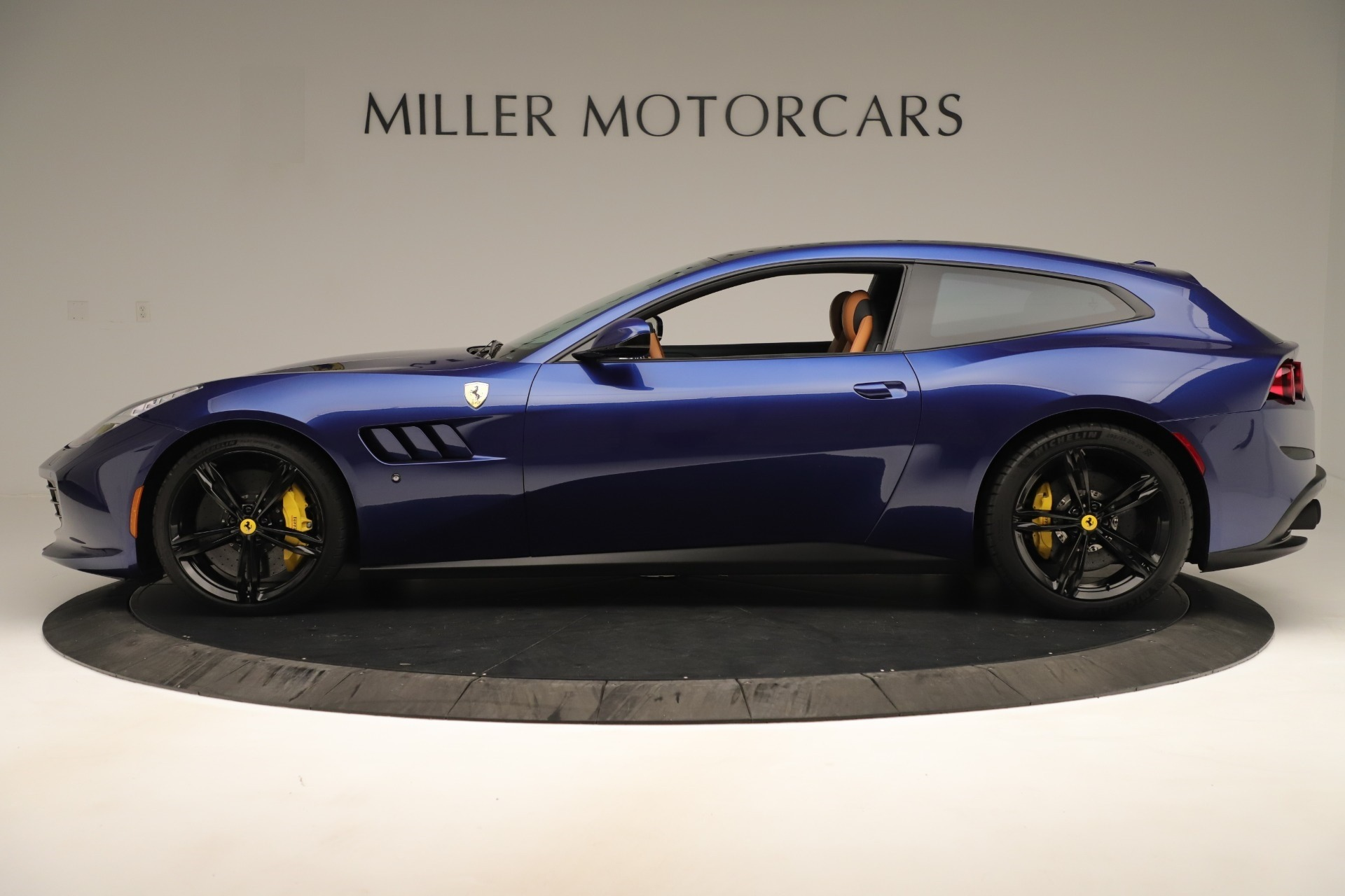 Used 2019 Ferrari GTC4Lusso  For Sale In Greenwich, CT. Alfa Romeo of Greenwich, 4598 3376_p3