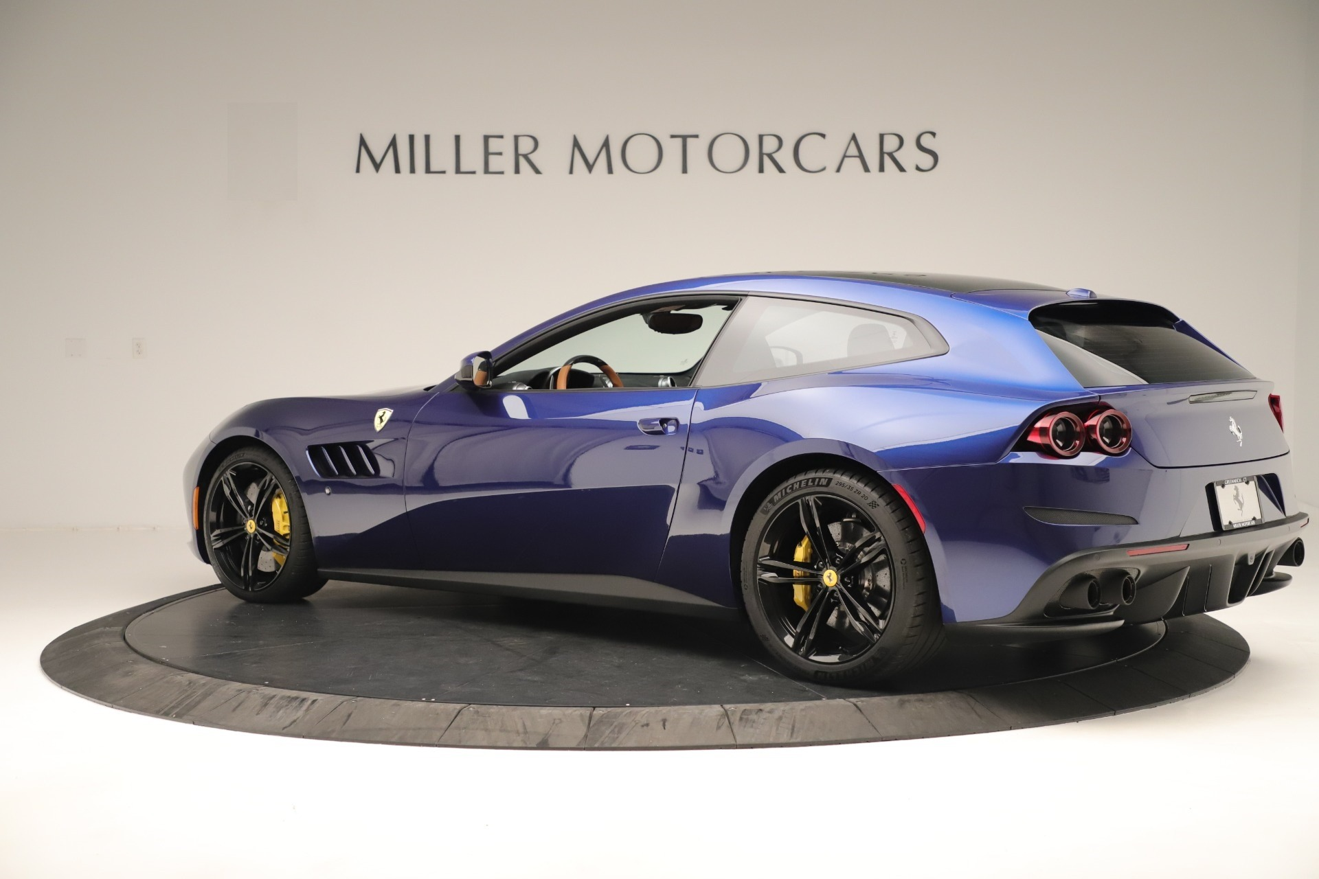 Used 2019 Ferrari GTC4Lusso  For Sale In Greenwich, CT. Alfa Romeo of Greenwich, 4598 3376_p4