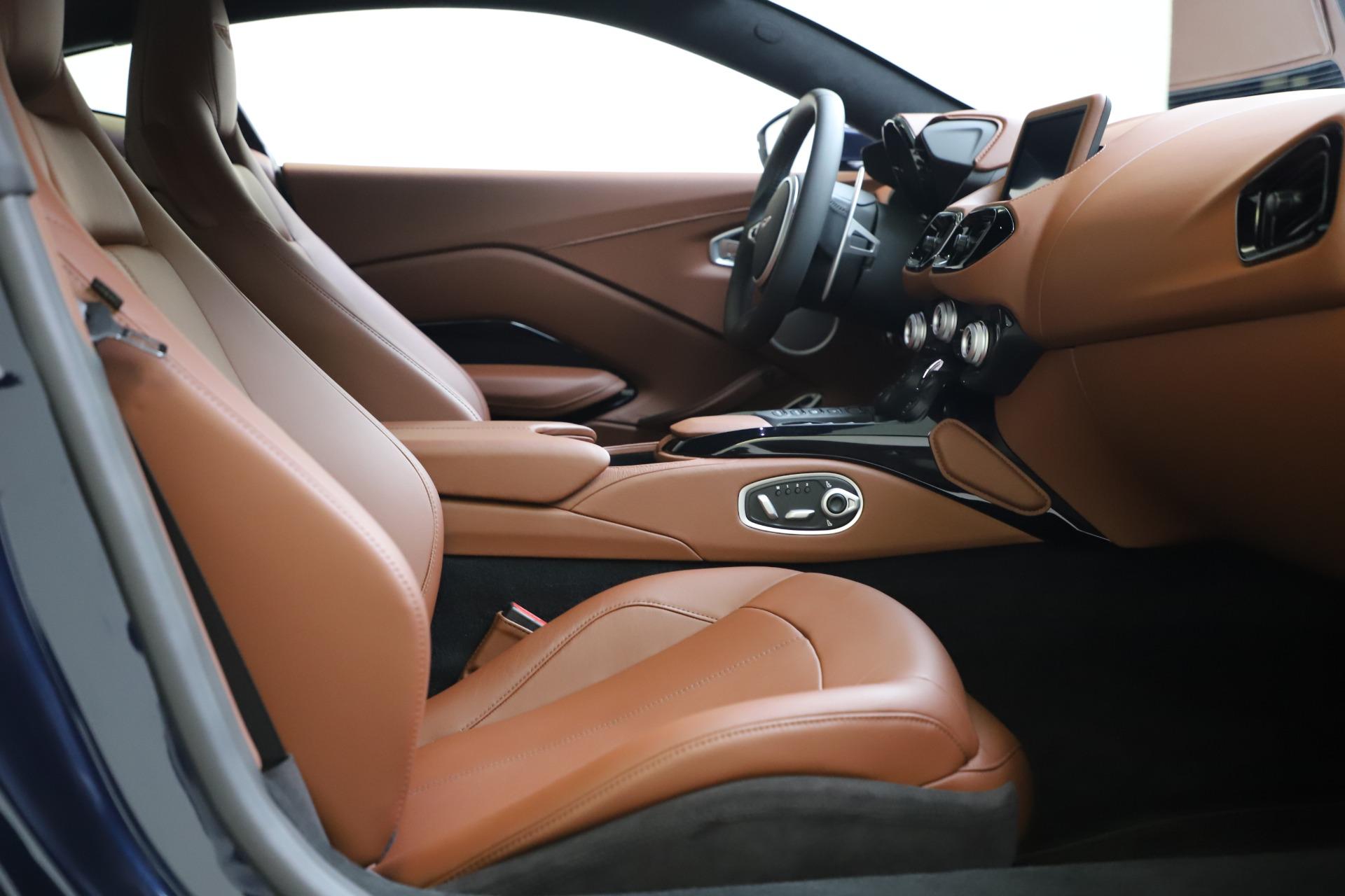 New 2020 Aston Martin Vantage Coupe For Sale In Greenwich, CT. Alfa Romeo of Greenwich, A1393 3378_p17