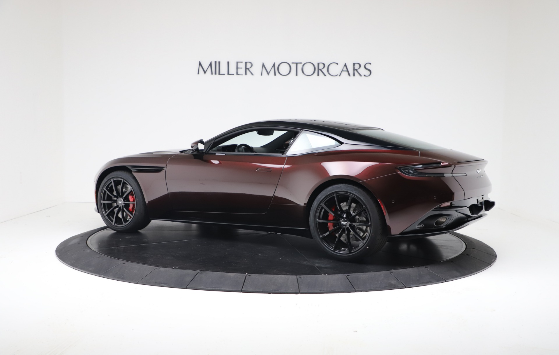 New 2019 Aston Martin DB11 V12 AMR For Sale In Greenwich, CT. Alfa Romeo of Greenwich, A1394 3379_p4
