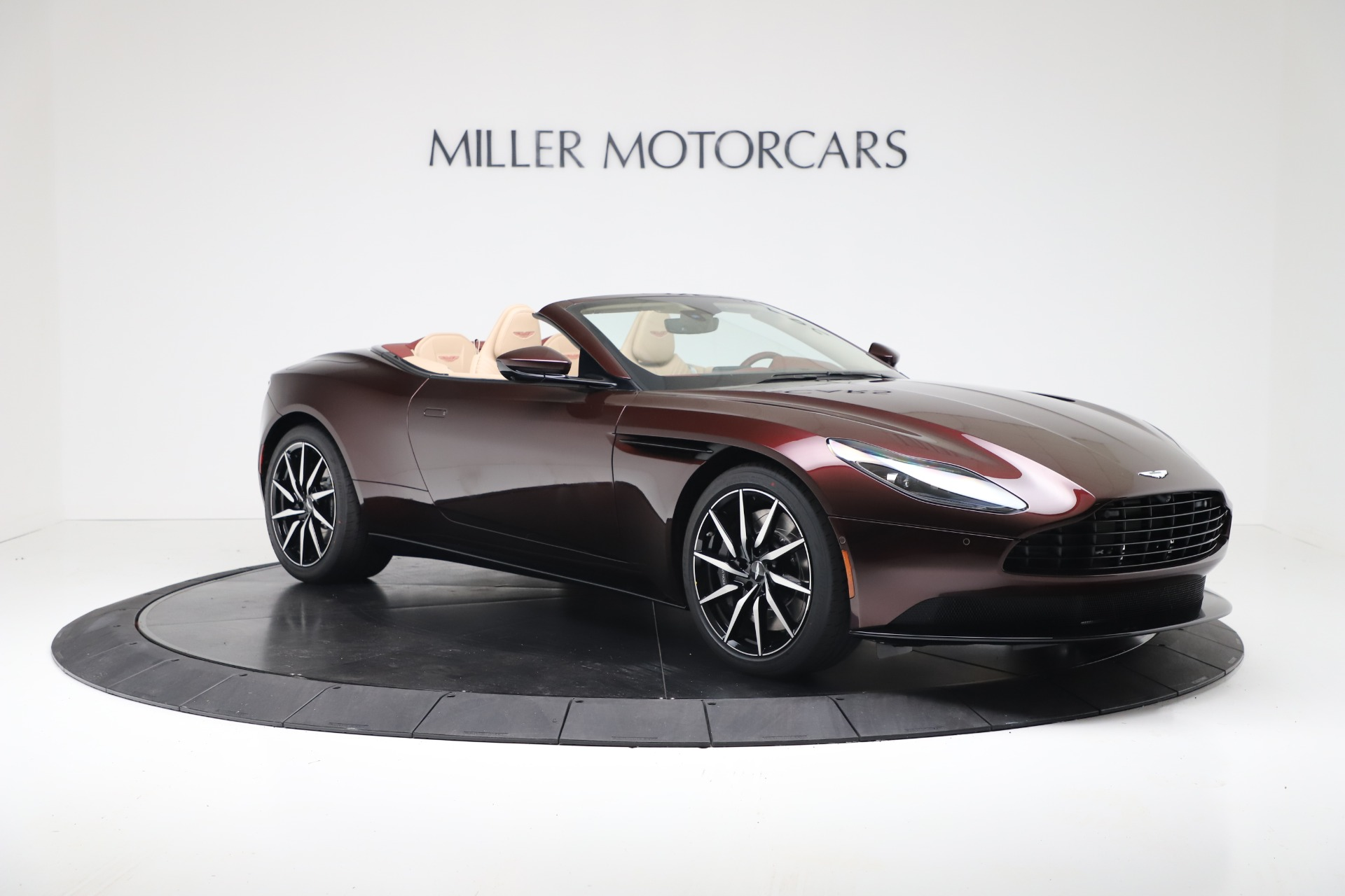 New 2020 Aston Martin DB11 V8 For Sale In Greenwich, CT. Alfa Romeo of Greenwich, A1398 3380_p10