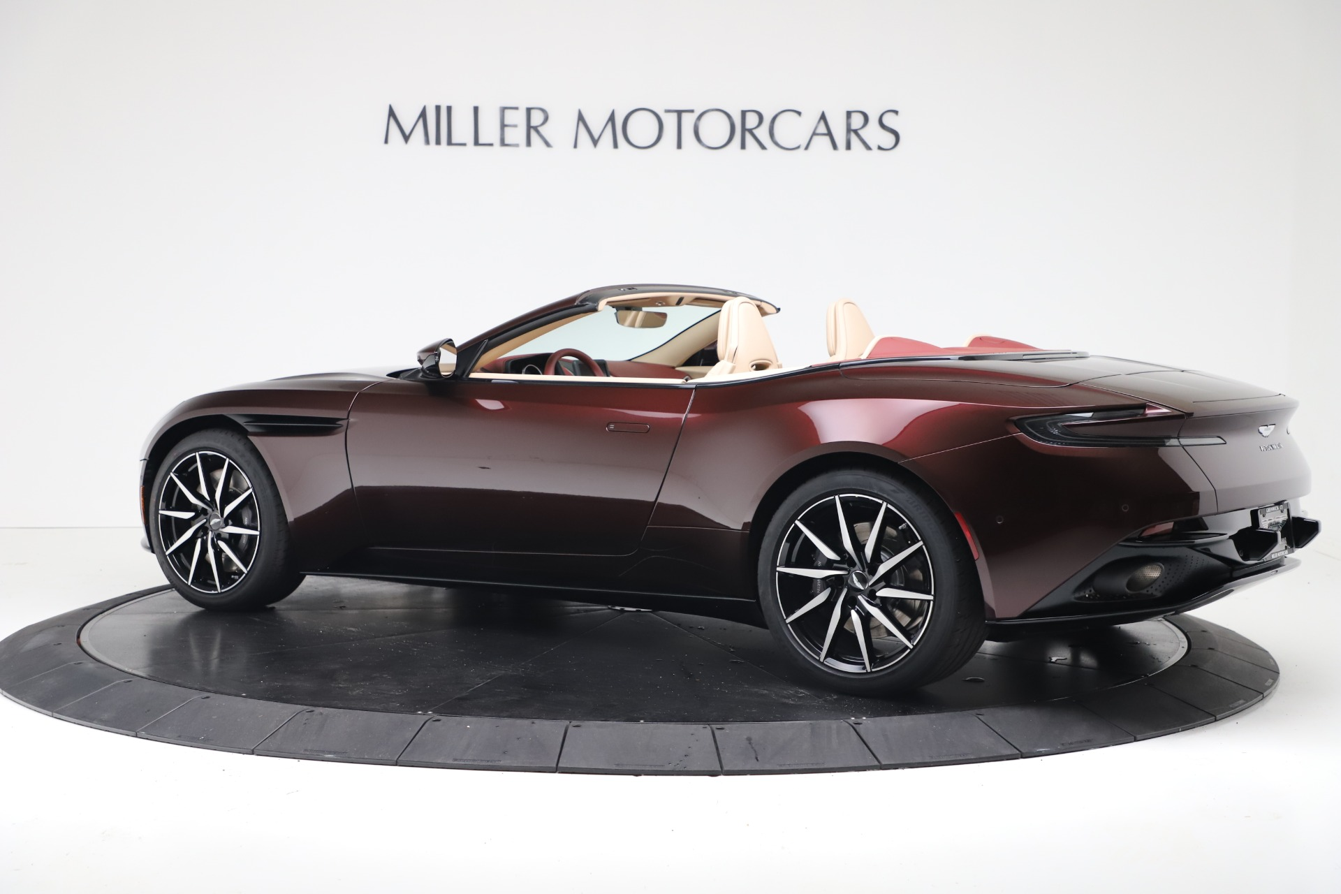 New 2020 Aston Martin DB11 V8 For Sale In Greenwich, CT. Alfa Romeo of Greenwich, A1398 3380_p12